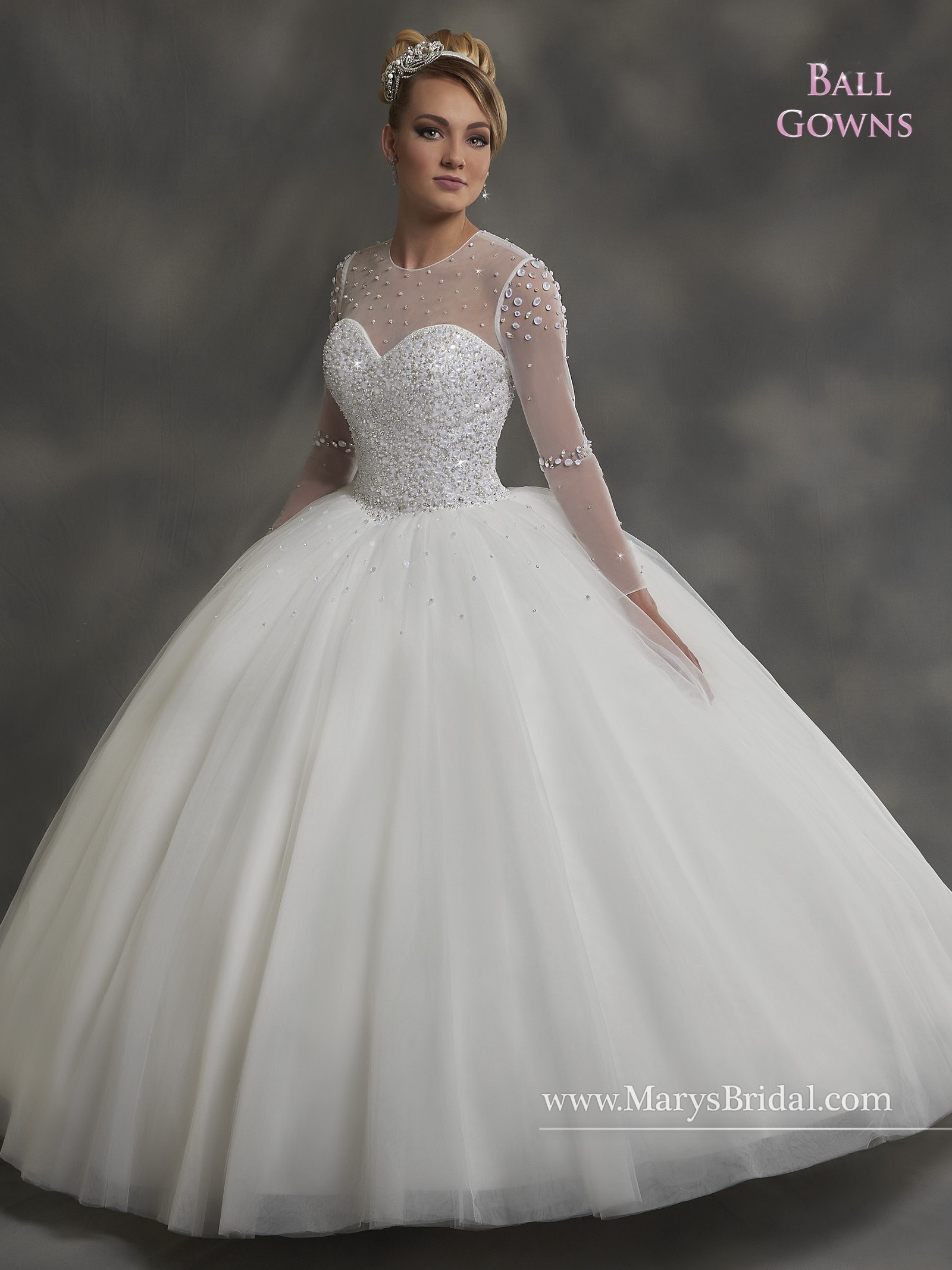 Stunning and fine-looking Wedding ball gowns in silky tulle