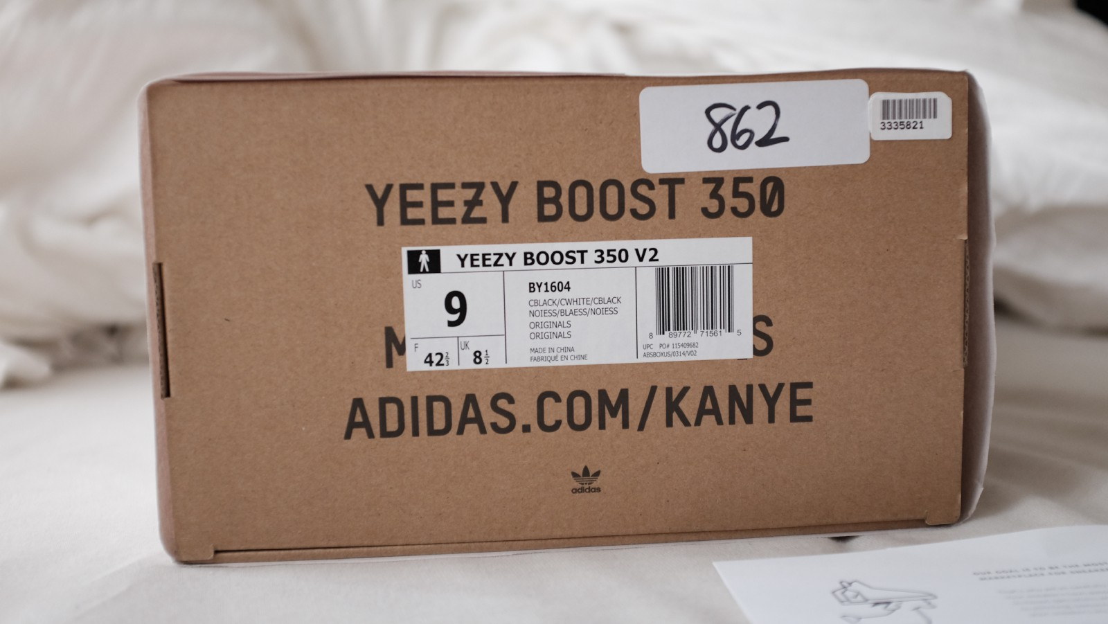 87292cc0d9e09 Oreo V2 sz 9    Always make sure the UPC   Style codes match up with the box