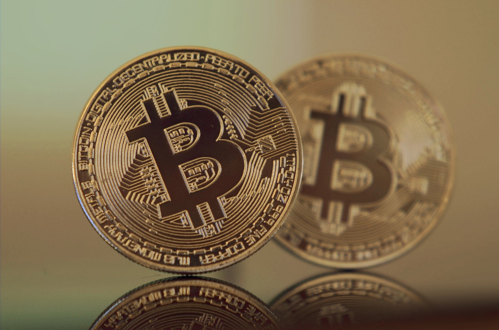 Stop buying bitcoin seriously hacker noon credit pixabay httpspixabayenbitcoin cryptocurrency btc currency 2868703 ccuart Images