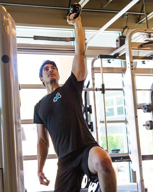 brandon routh workout - photo #40