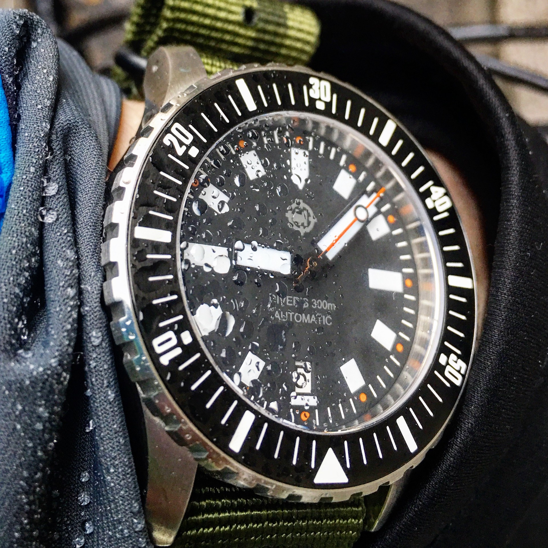 western lumed collection standard axial markers watches and the omega a pip img required position minute watch seamaster under ocean divers there is iso my as co planet micro at