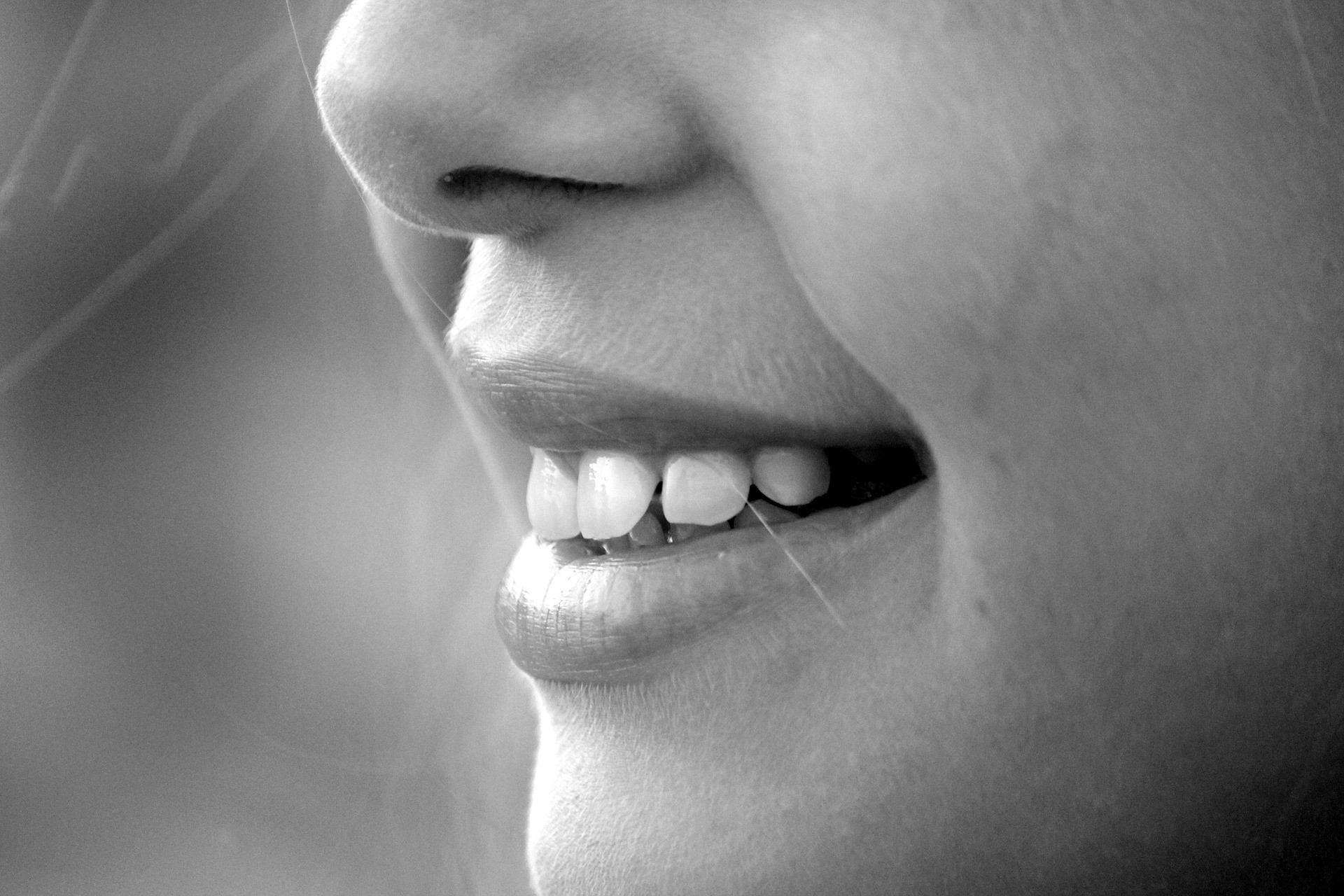 Straightening Teeth Without Braces – Forever Young – Medium