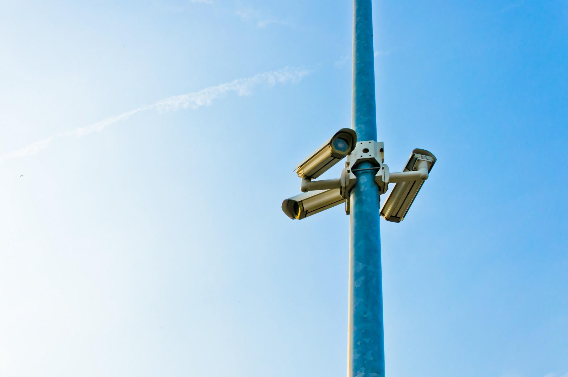 personal_info_stealing_cctv_the_technews