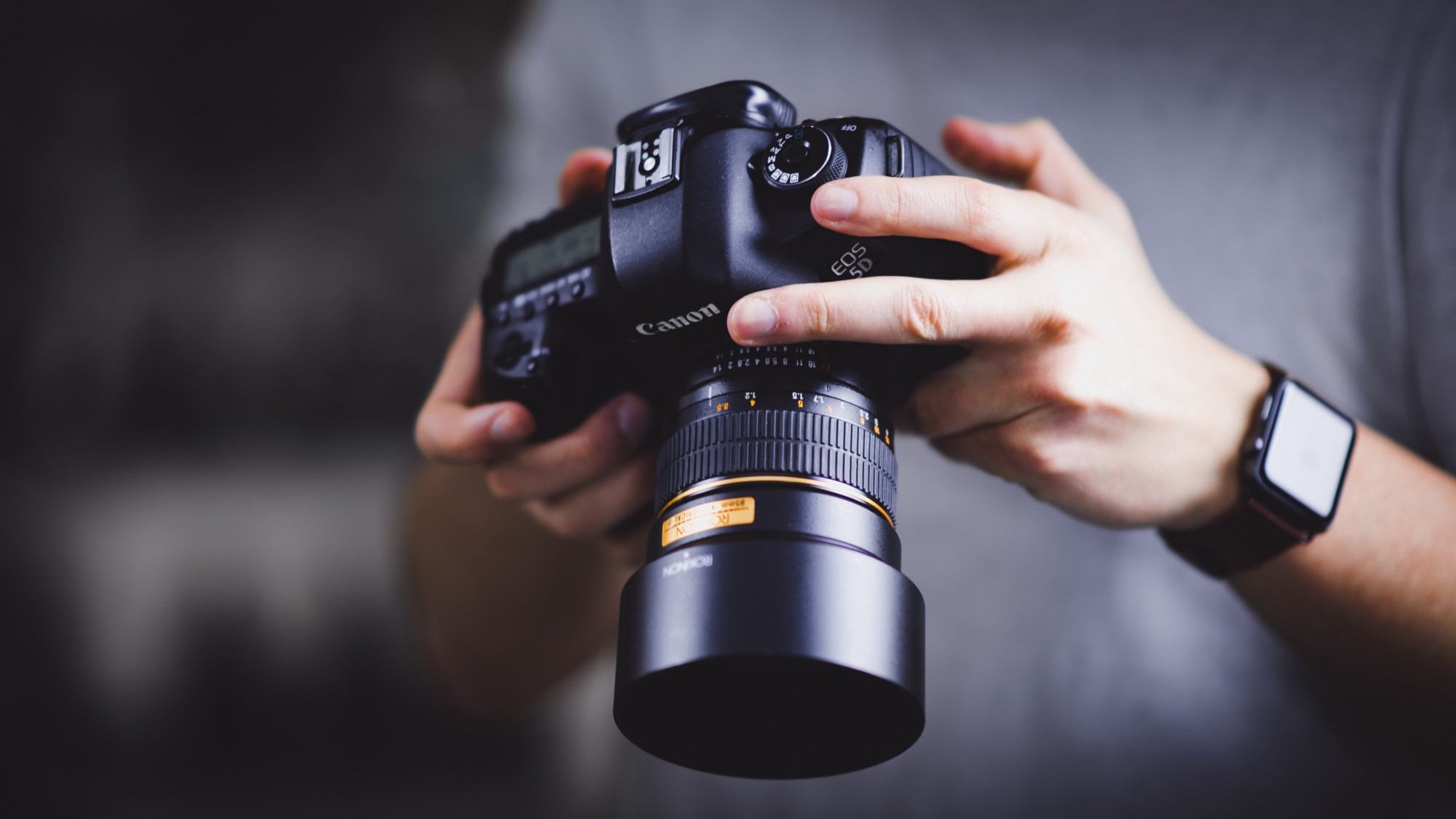 How to Build a photo feed with Go and Vue.js