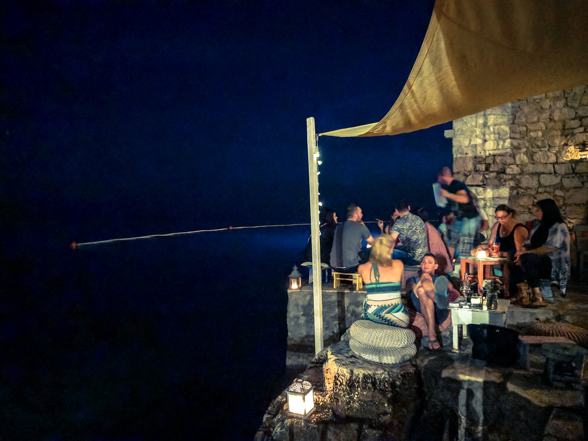 Mediterraneo bar with it's cushioned rock seats, and the waves of the Adriatic lapping at your feet. Velentino's is another location for such a spectacular view and experience.