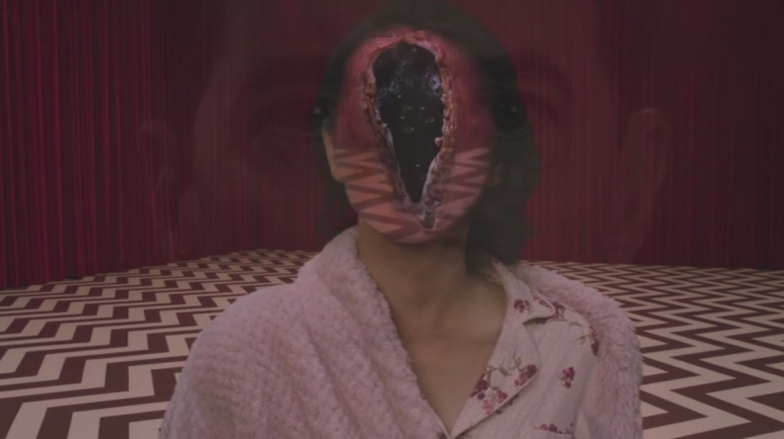 Naidos face becomes a blackened orb in the black lodge