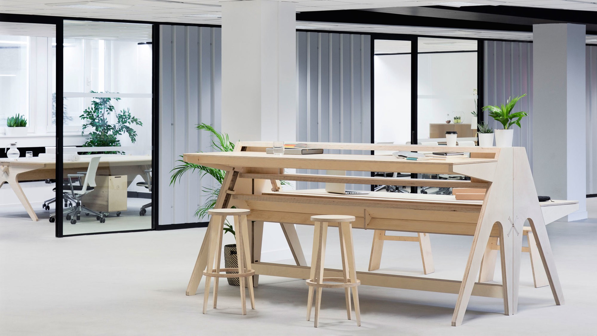 TMRW An Inspiring Coworking Space In Croydon Opendesk Medium - Stand up meeting table