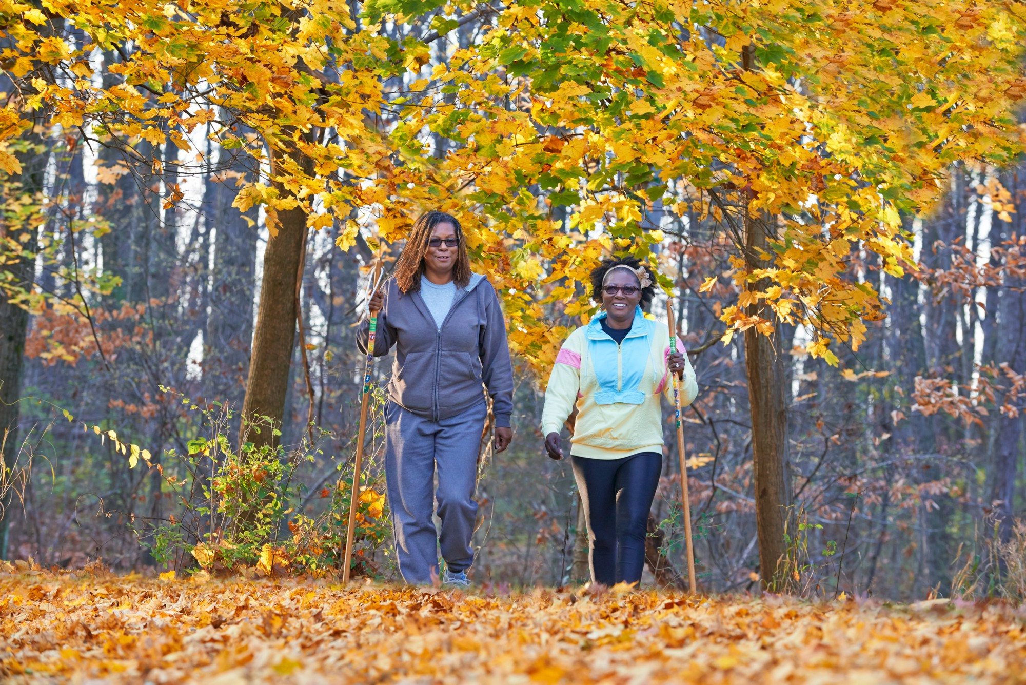 Akron sisters find inspiration, stress relief during Fall ...