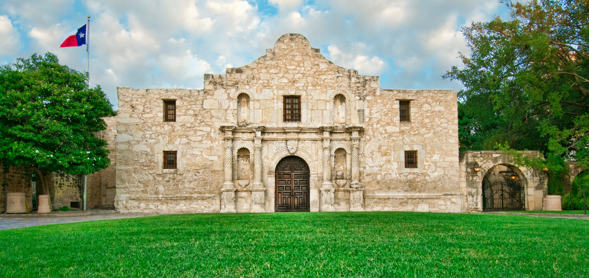 Two Dollars and a Blanket — the Tejana Survivors of the Alamo