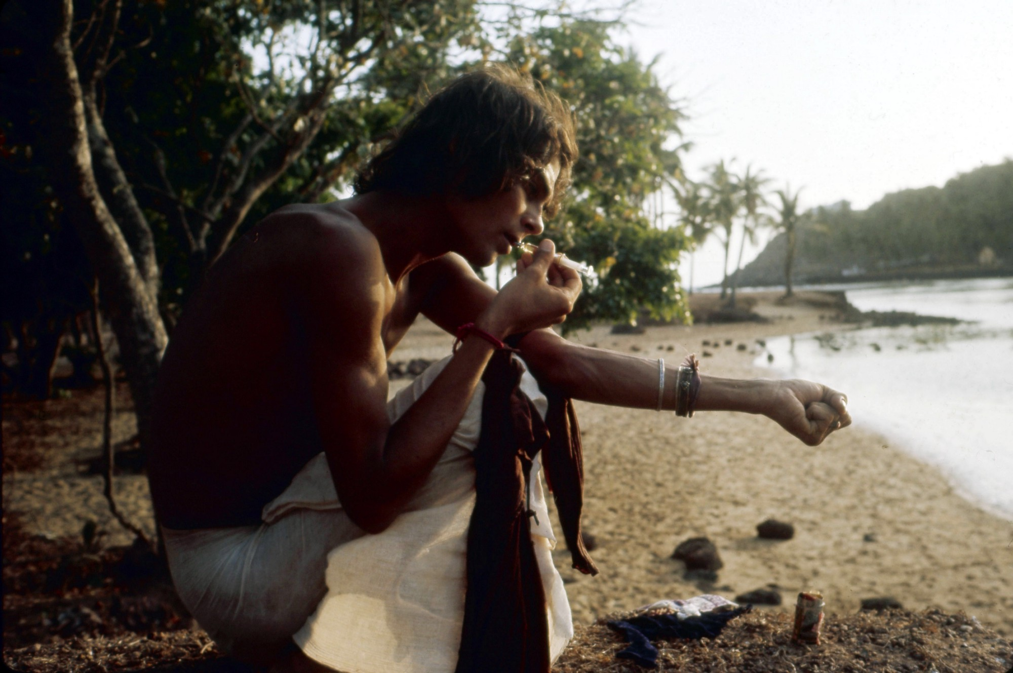 These Absurd Photos Of Young Travelers On The Hippie Trail Raise A Lot Of Questions-3401