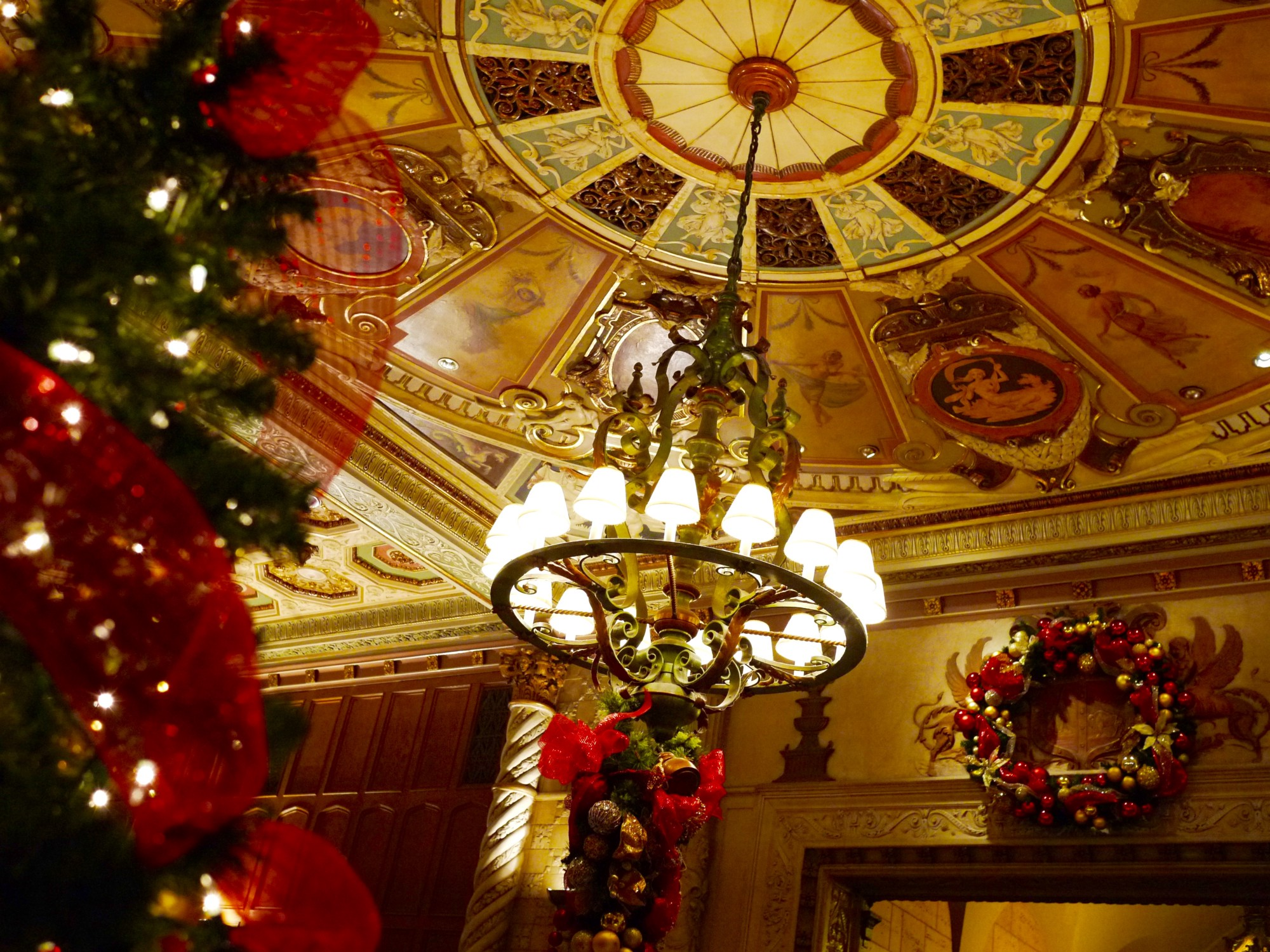 decorations inside the millennium biltmore hotel photo by douglas de wet