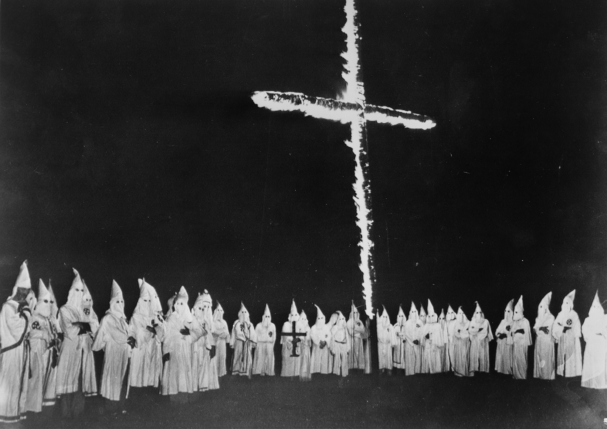 Why does the ku klux klan burn crosses they got the idea from a a group of ku klux klan members burning a cross in knoxville tennessee september 4 1948 library of congress biocorpaavc