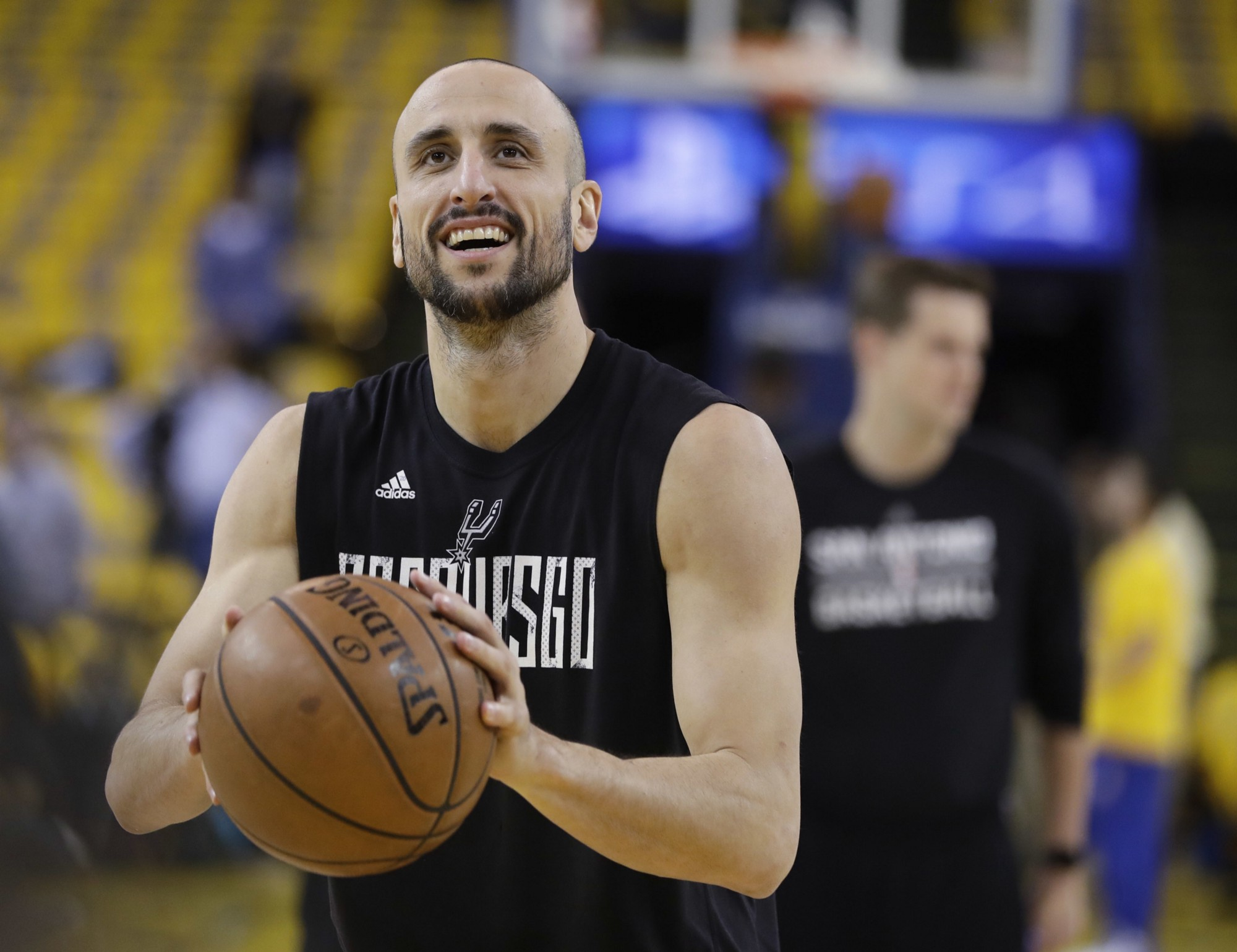 Manu Ginobili reportedly returning to Spurs for another season