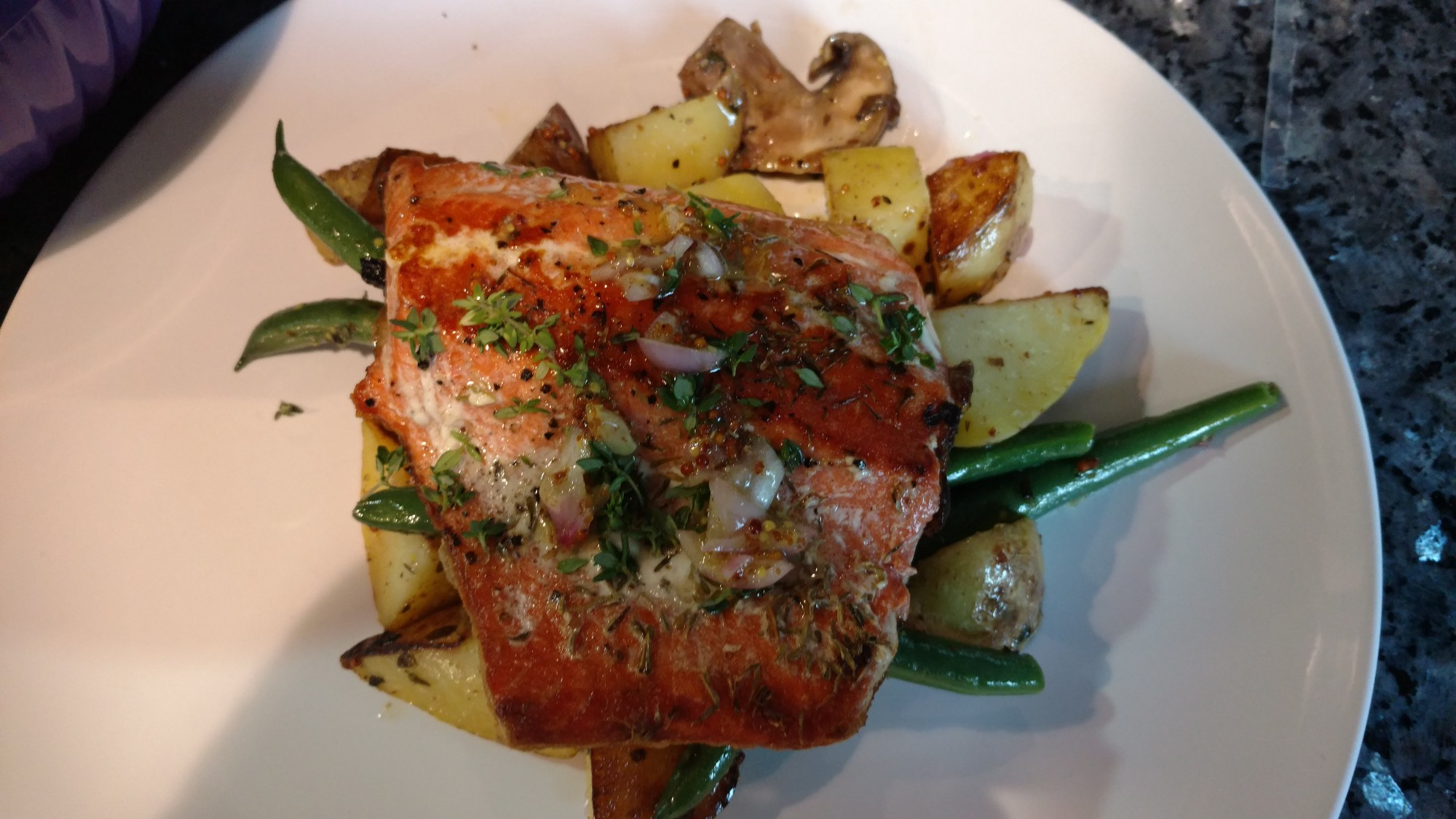 Blue apron salmon - Donning The Blue Apron 5 Steakhouse Salmon With Thyme Saut Ed Potatoes Green Beans Mushrooms