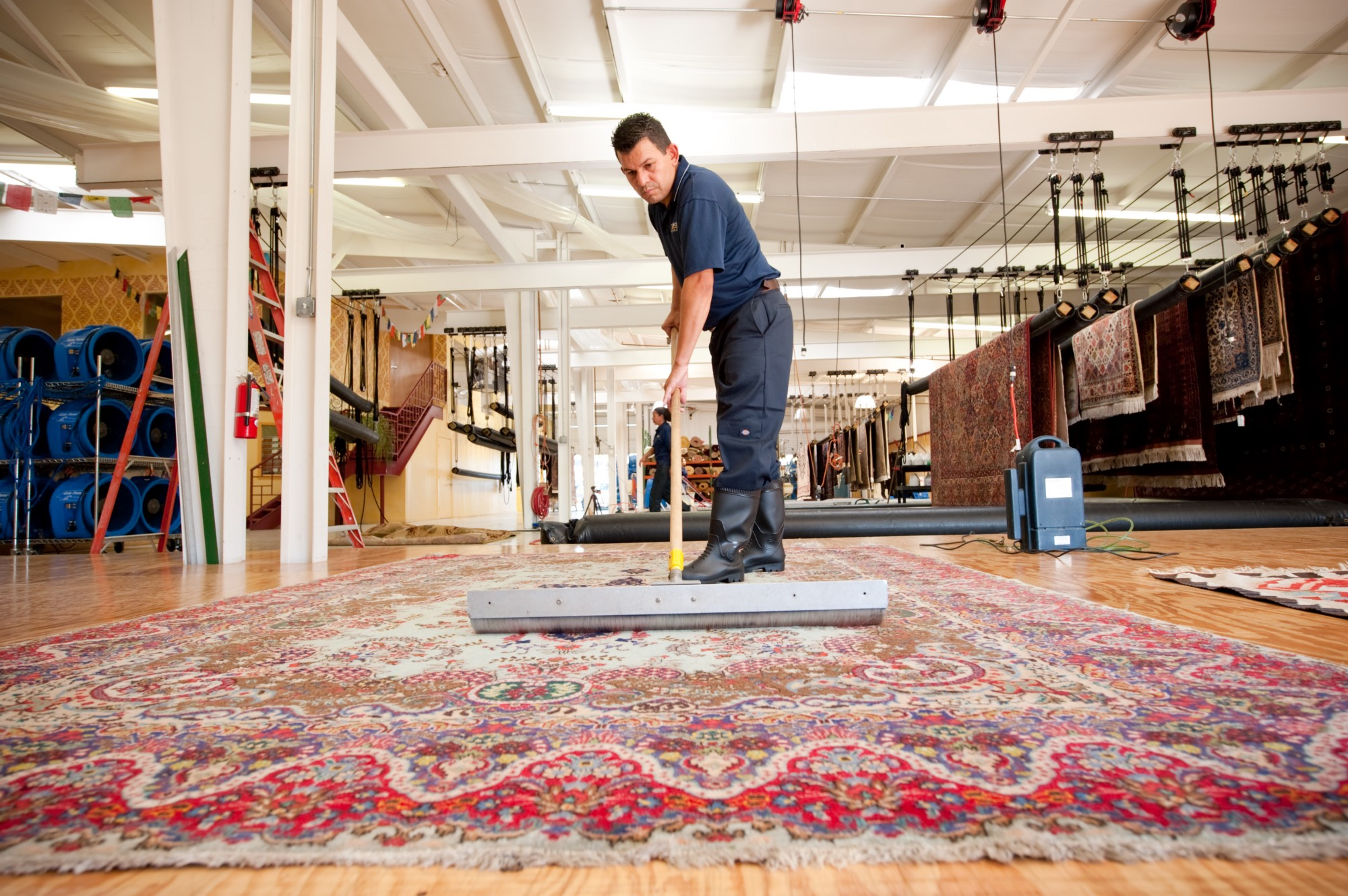 How To Clean Traditional And Modern Rugs Effectively?