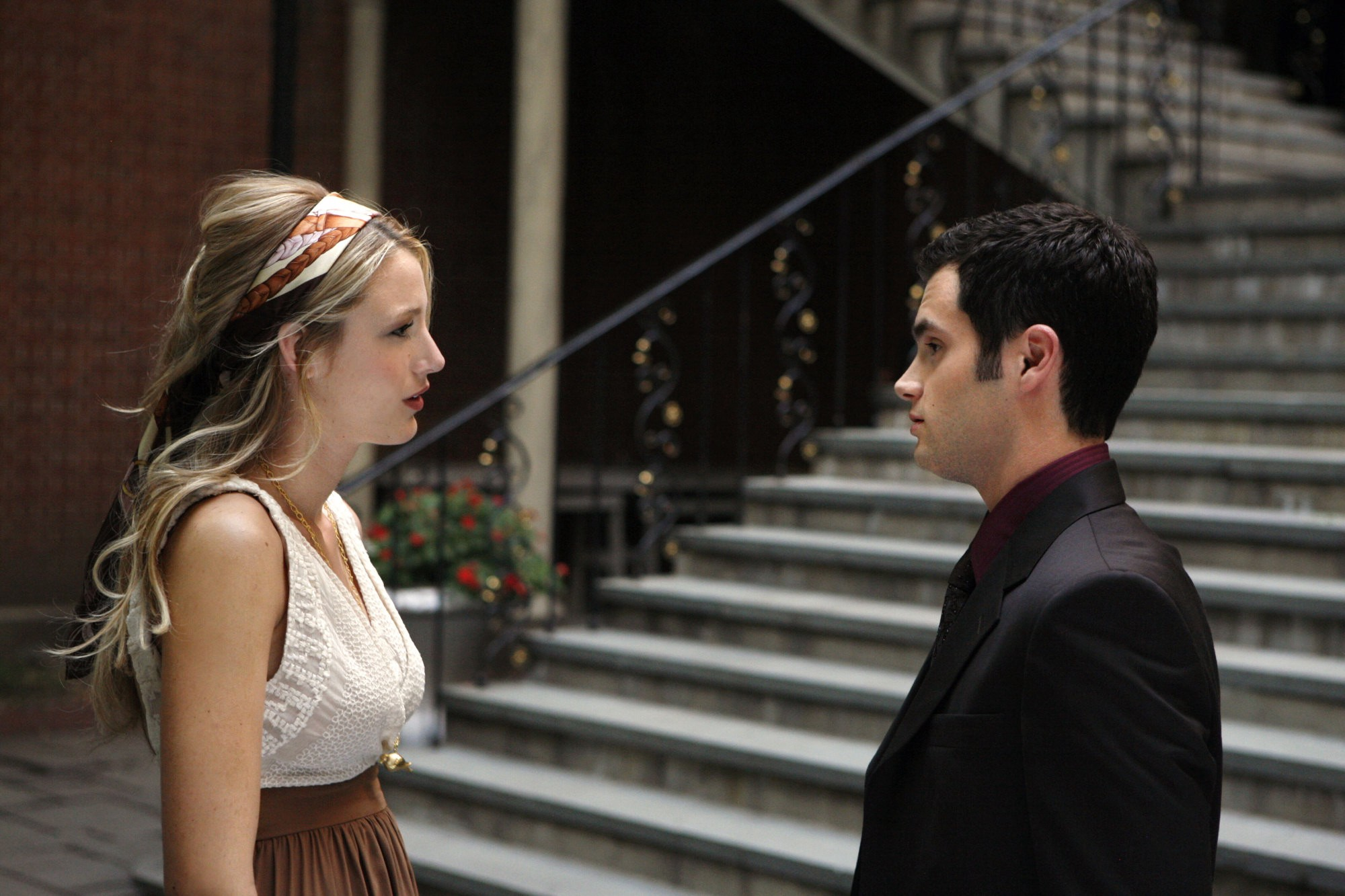 Gossip girl serena and dan start dating