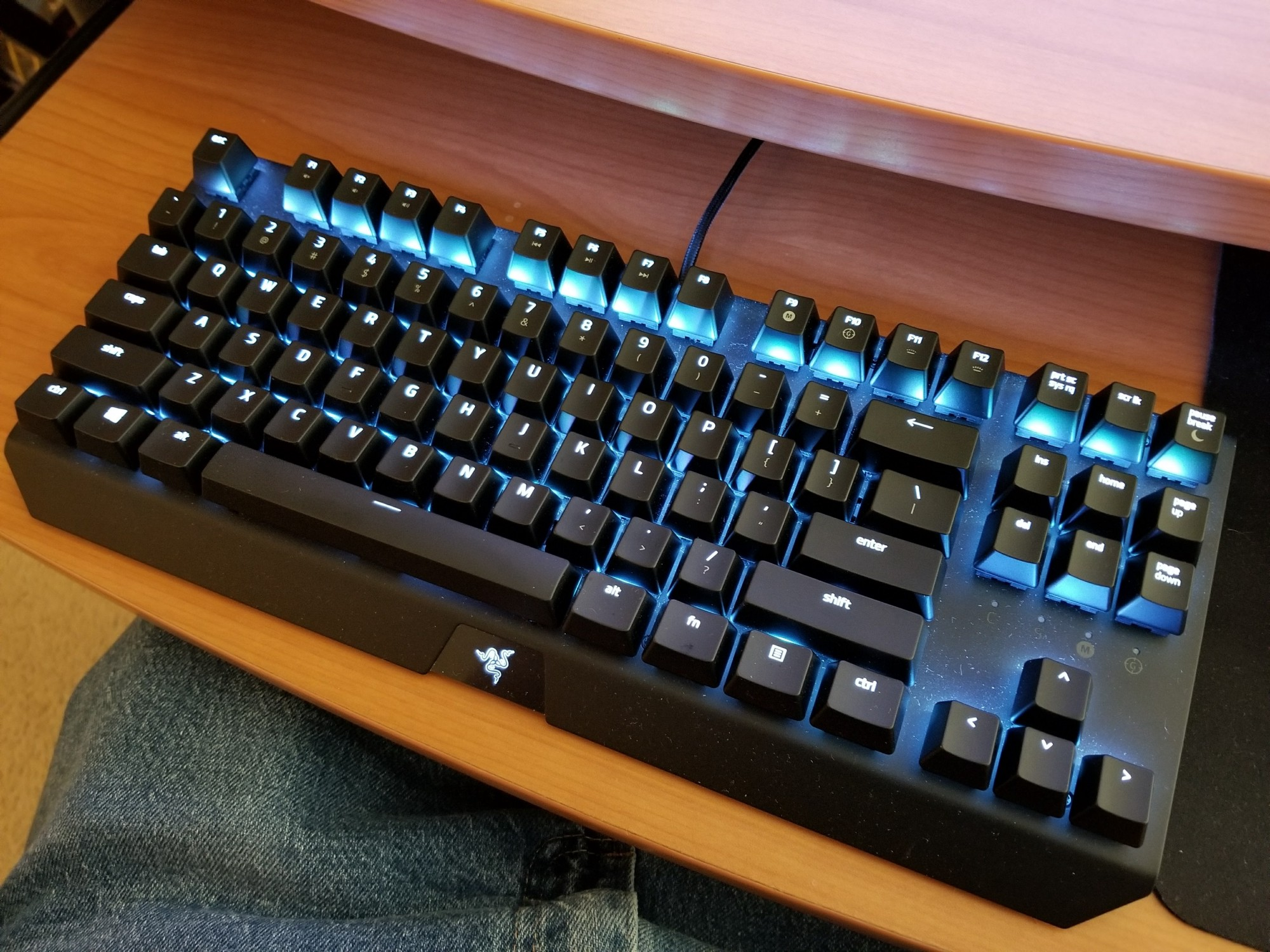 Razer Blackwidow X Tournament Edition Chroma Keyboard Review Corsair Mechanical K65 Rgb Red Switch Here Is The Sitting On My Tray Complete With Part Of Mouse Mat Pants And A Lot Dust