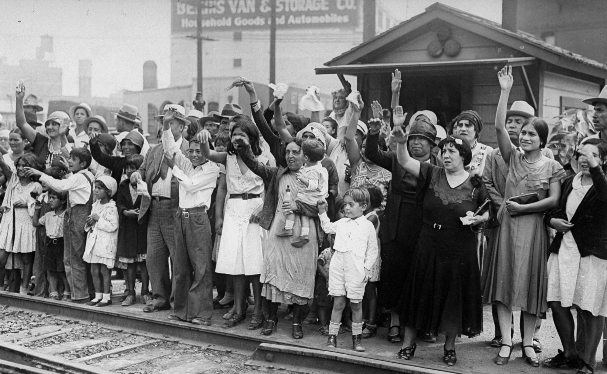 german american immigration in the 1930s essay 1930s immigrants from germany this is also true of most books about jewish immigration or jewish history the german-american press catered to those.
