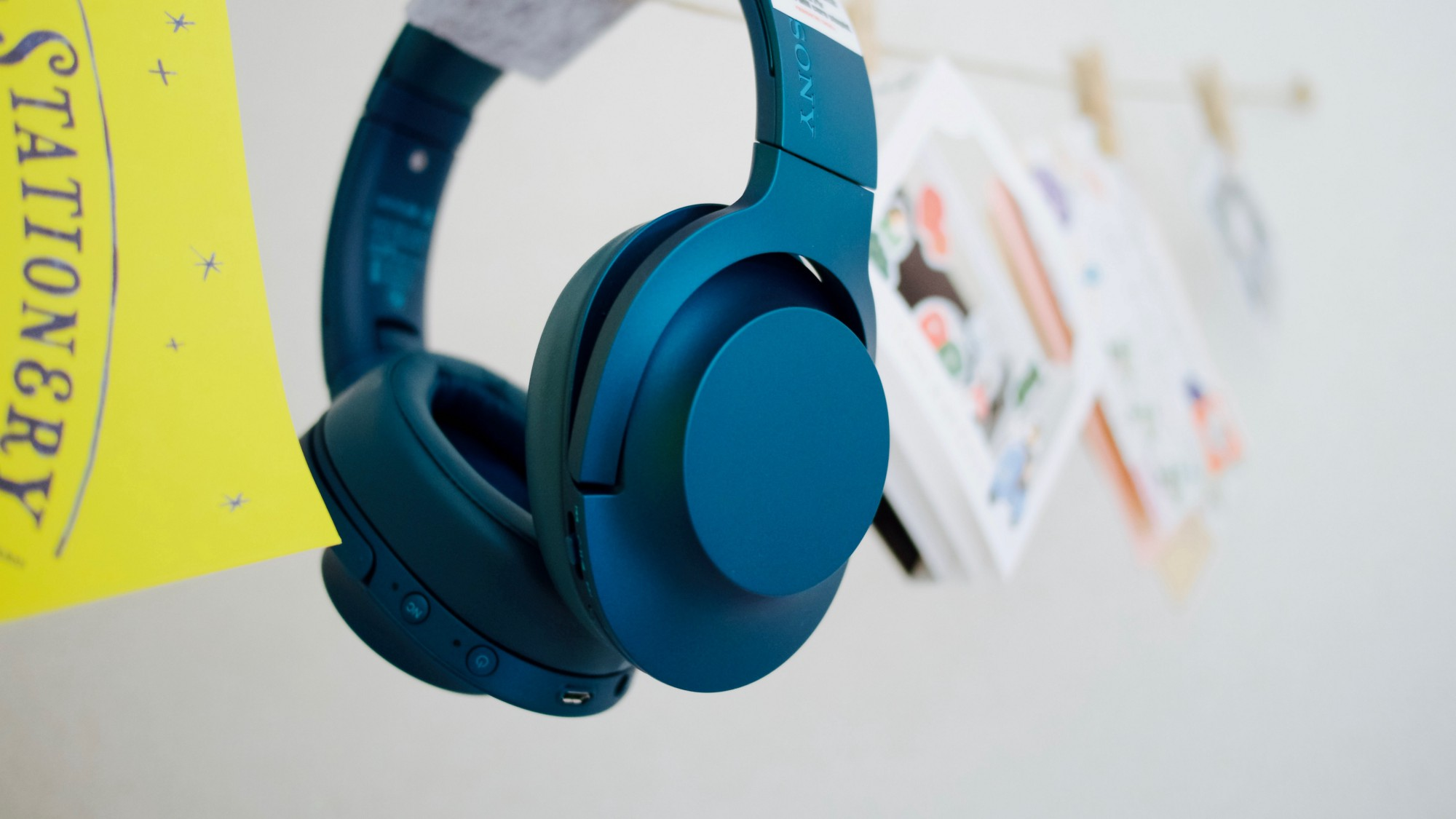 Sony Hear On Wireless Nc A Review Timmy Yong Medium Headphone Mdr100abn Bluetooth Noise Cancelling In Todays Era Of Headphones Youve Probably Heard The Bose Qc35 And Mdr 1000x These Are At Top
