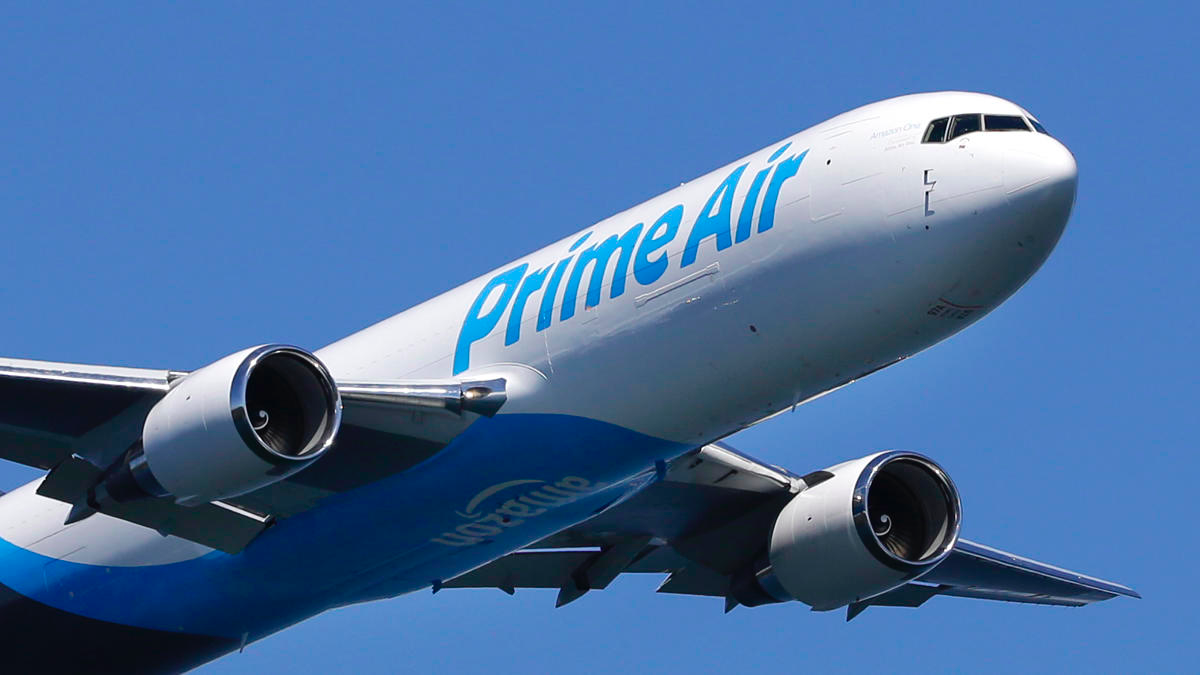 Make no mistake: Amazon is going to take on delivery behemoths FedEx ...