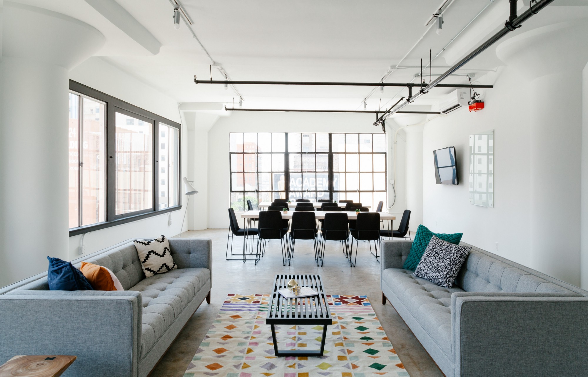 Home office: the secrets of the arrangement of the workplace in the house