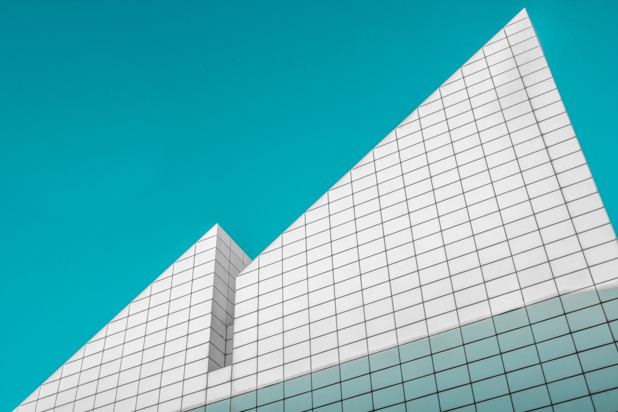 20 beautifully simple minimalist architecture photos for Architecture simple
