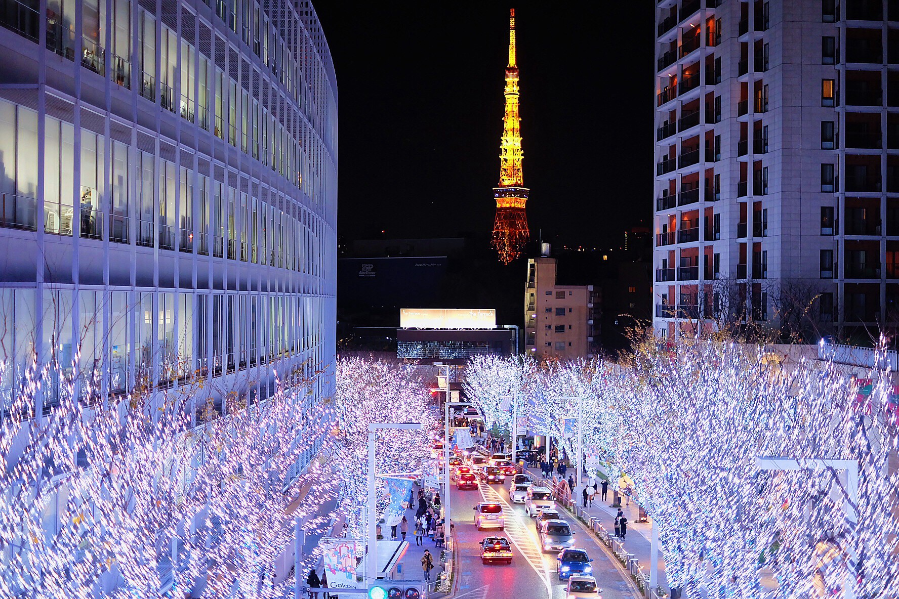 roppongi hills christmas is back in tokyo with the gorgeous winter illumination and the jolly christmas market dont miss tokyos must see winter scenery
