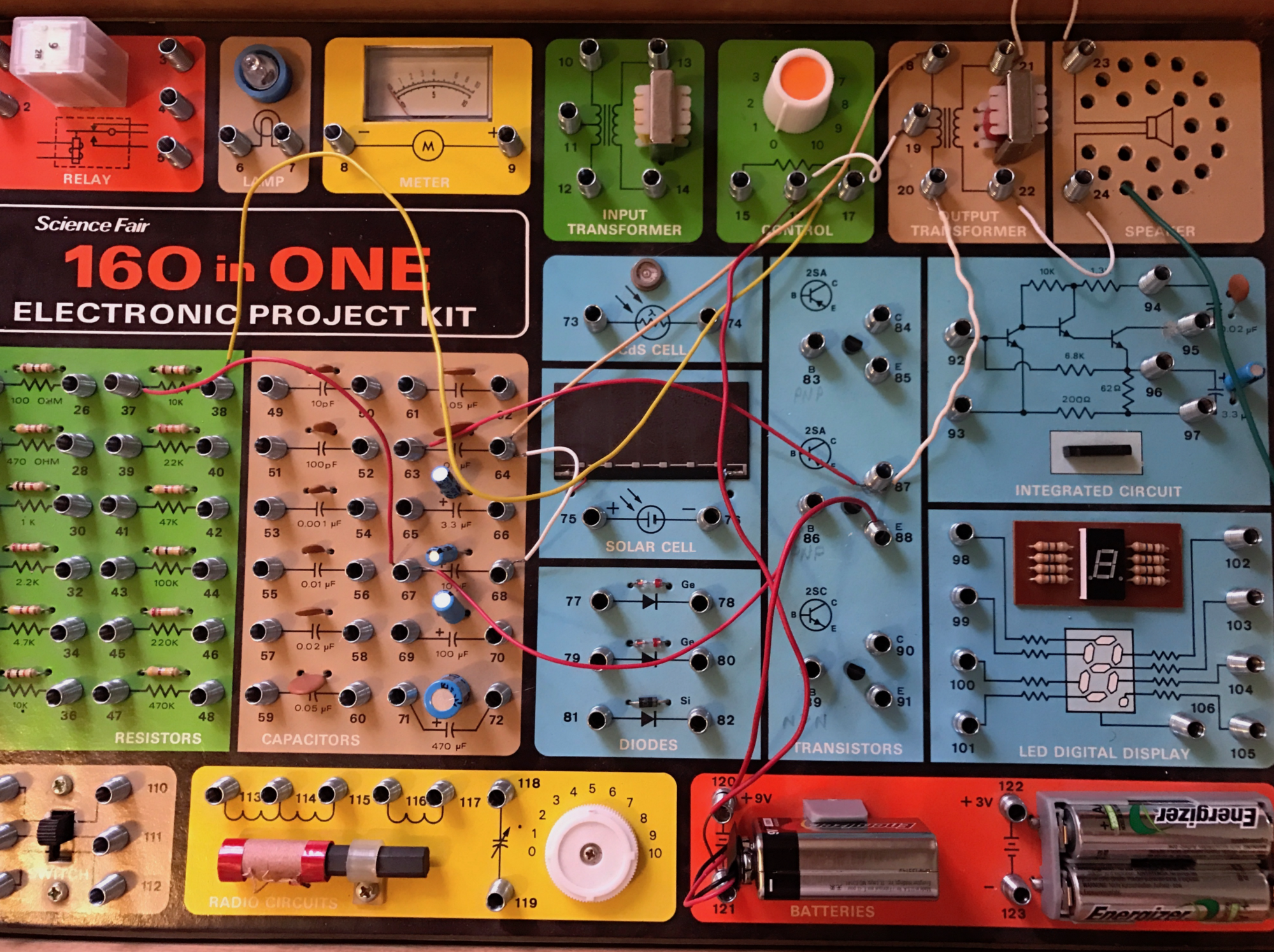Electronic Project Kits Hands On With A Vintage 160 In 1 If You Like The Elenco Snap Circuits Light Set Then May We Also Speaker Is Louder Than I Remember It Maybe Because Of Fresh 9v Batteries Circuit Runs Well Off 3v