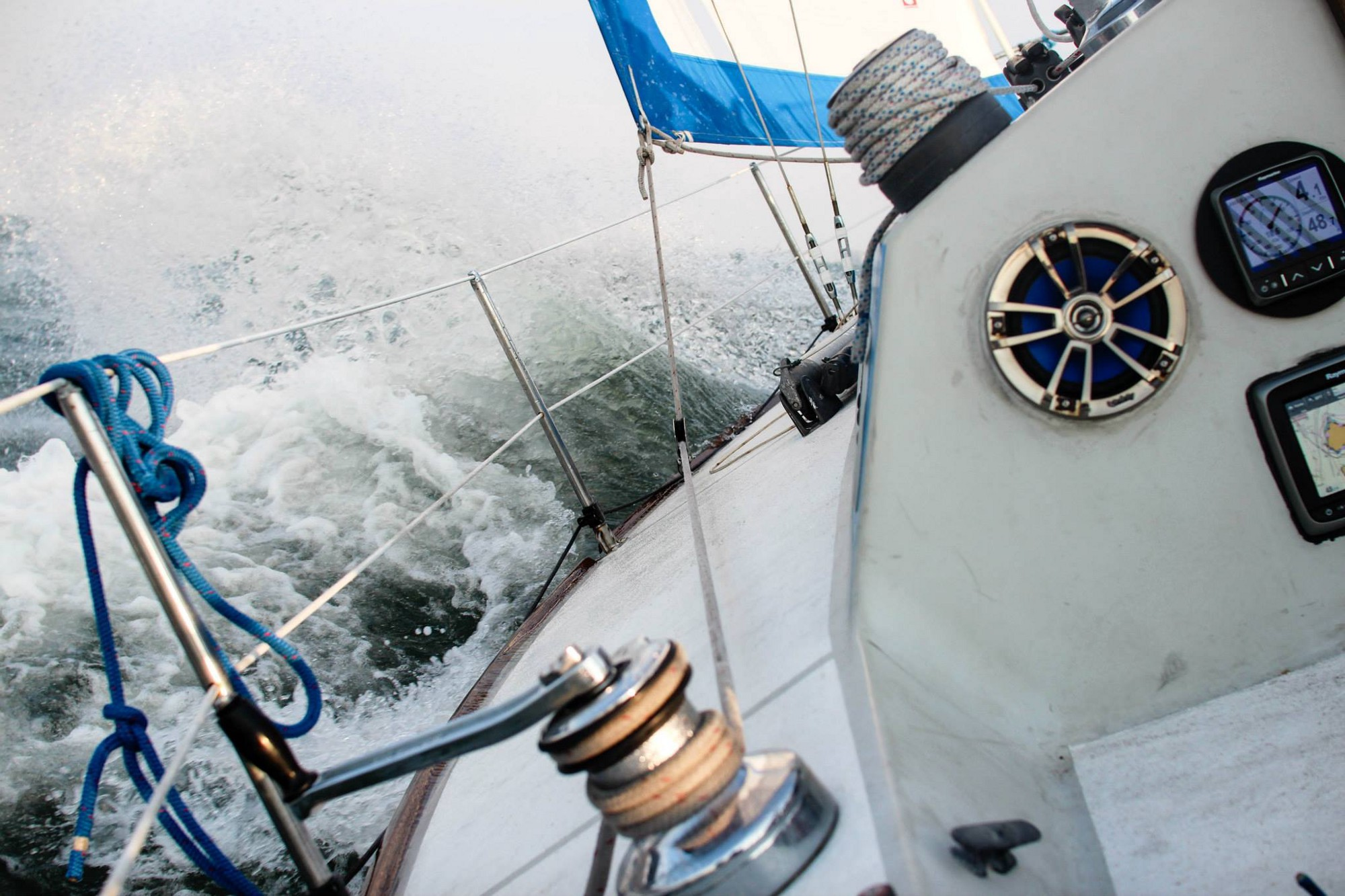 Learn To Sail In 15 Minutes Sailing Tutorials Medium Mins Marine Wiring Diagrams Potentially You