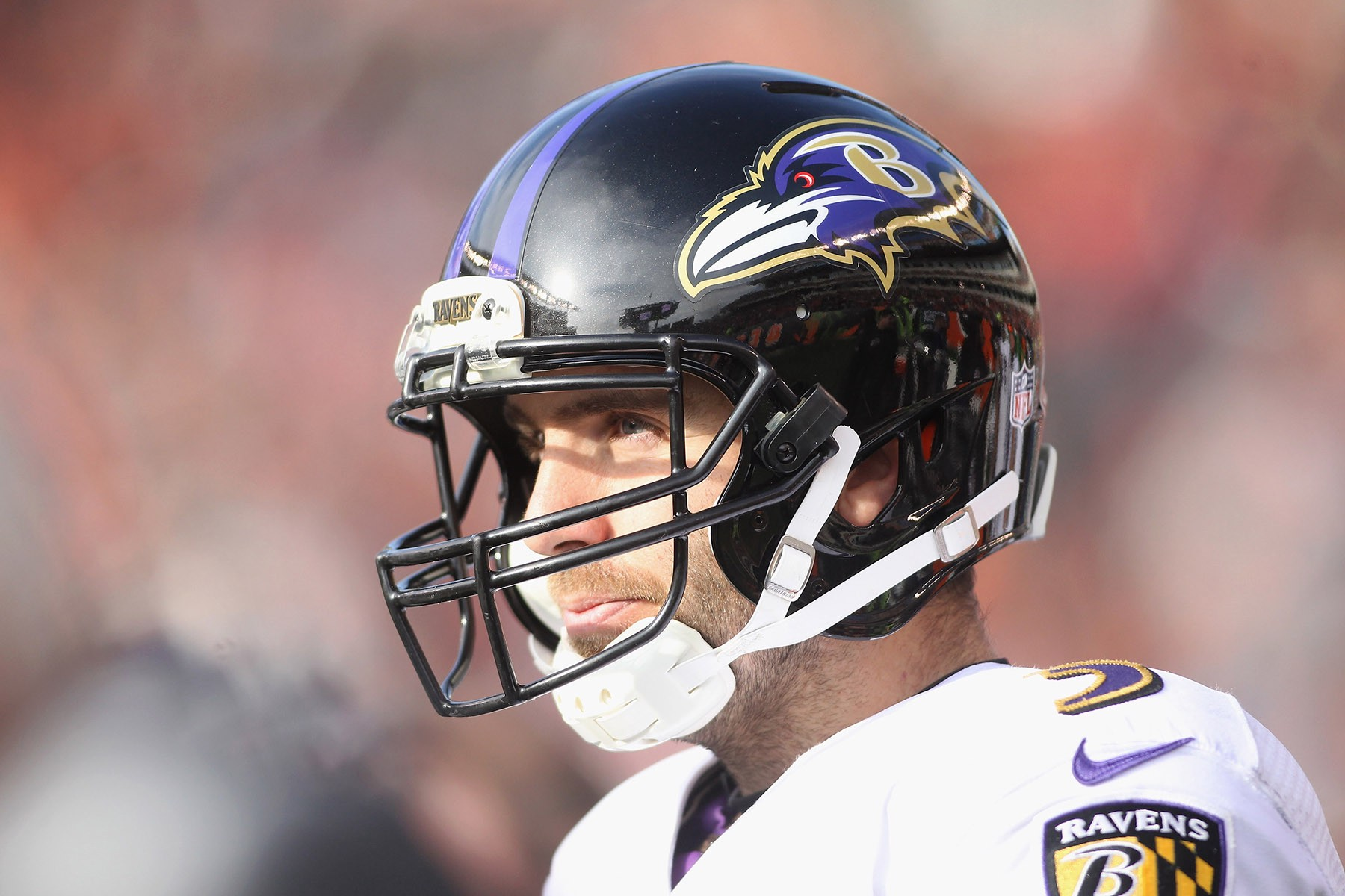 Flacco out with back injury; Ravens may bring in Kaepernick
