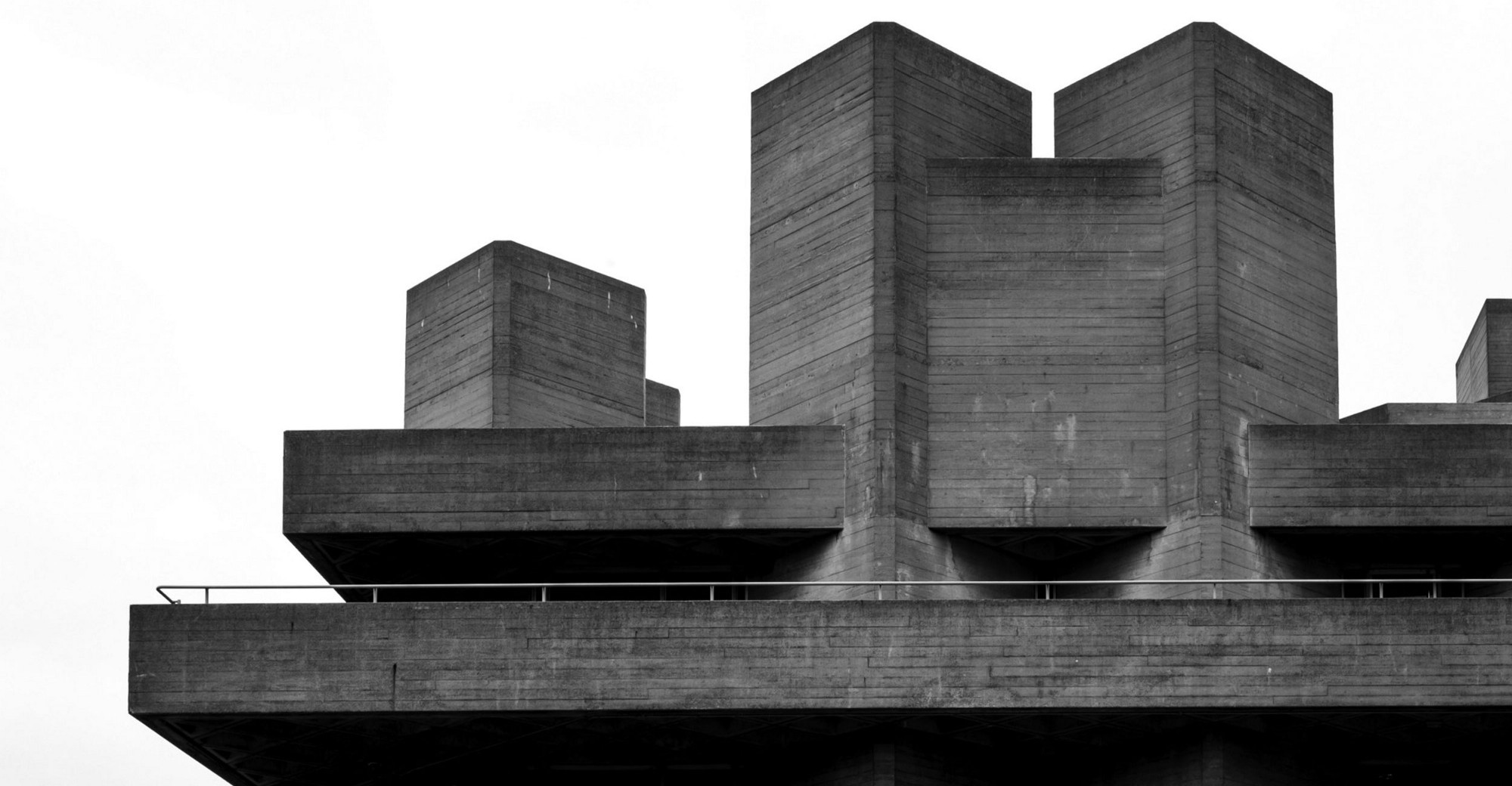 Brutalism in search of the architectural sublime do for Architecture brutaliste