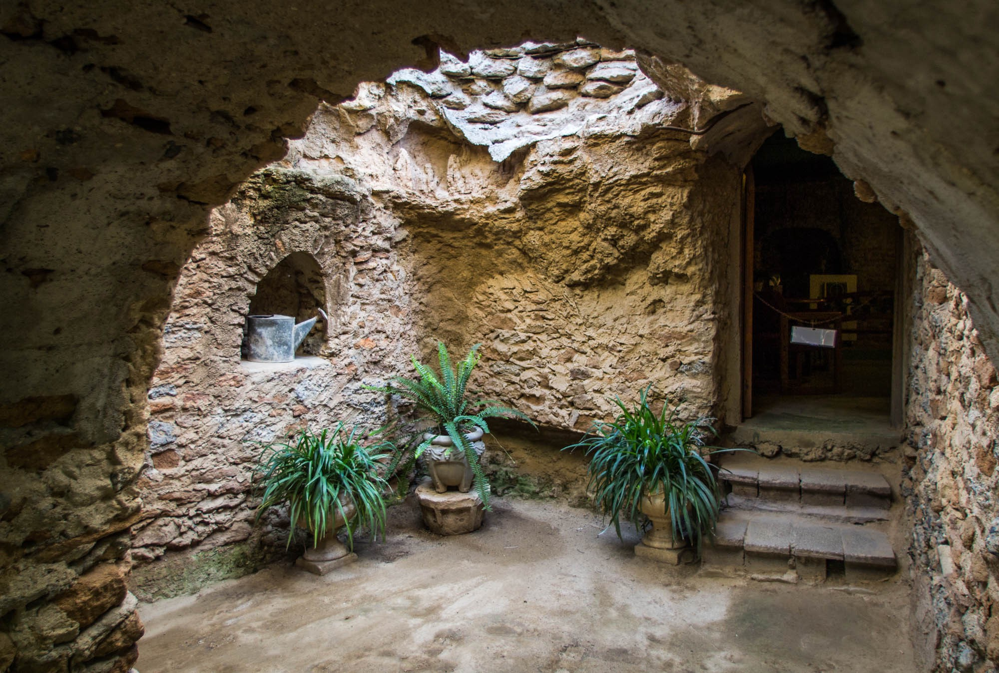 A century ago, a Sicilian immigrant carved a subterranean wonderland ...