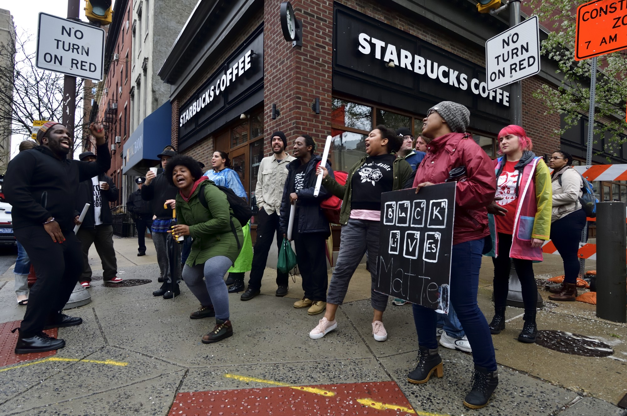 starbucks closed its stores for unconscious bias training