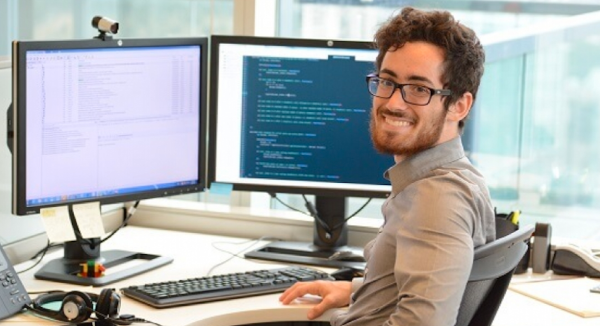 11 Things Developers Love Hearing From Non-Developer Co-Workers