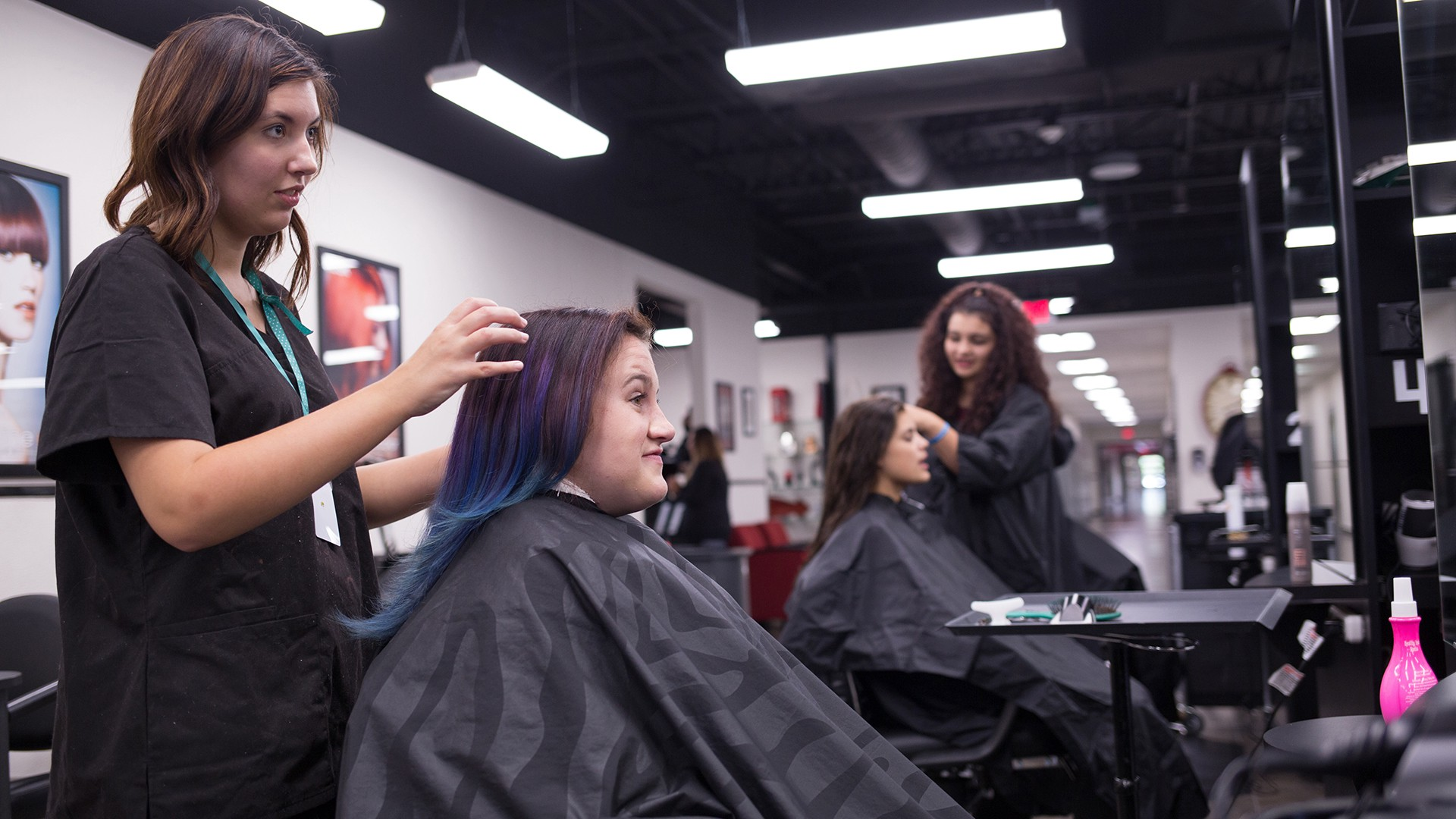 Shears Of Steele Offers Quality Affordable Haircuts From Students