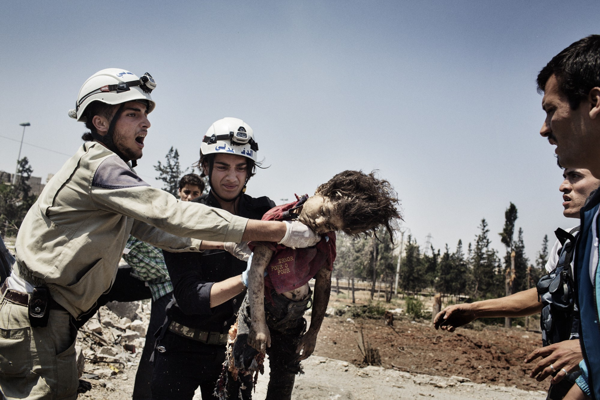 Raw and Unflinching Photographs of First Responders in Syria