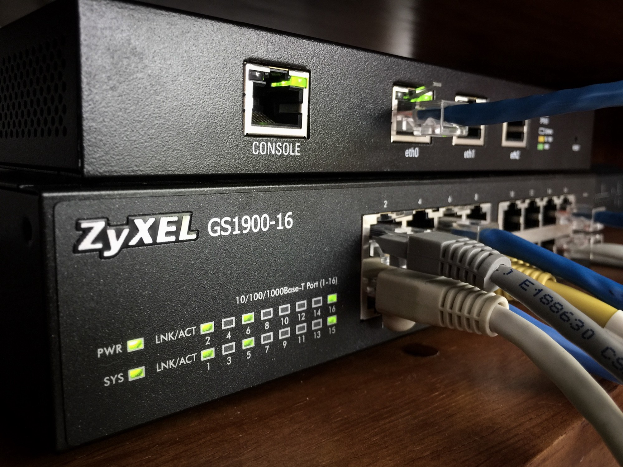 Home Network With Multiple Vlans Code Beta Blog Cable Modem Wireless Router Connection On Tv Wiring I Grabbed The Zyxel Gs190016 Since It Was Quite Inexpensive And Saw A Couple Of Good Reviews For Im Using Ubiquit Edgerouter Lite That