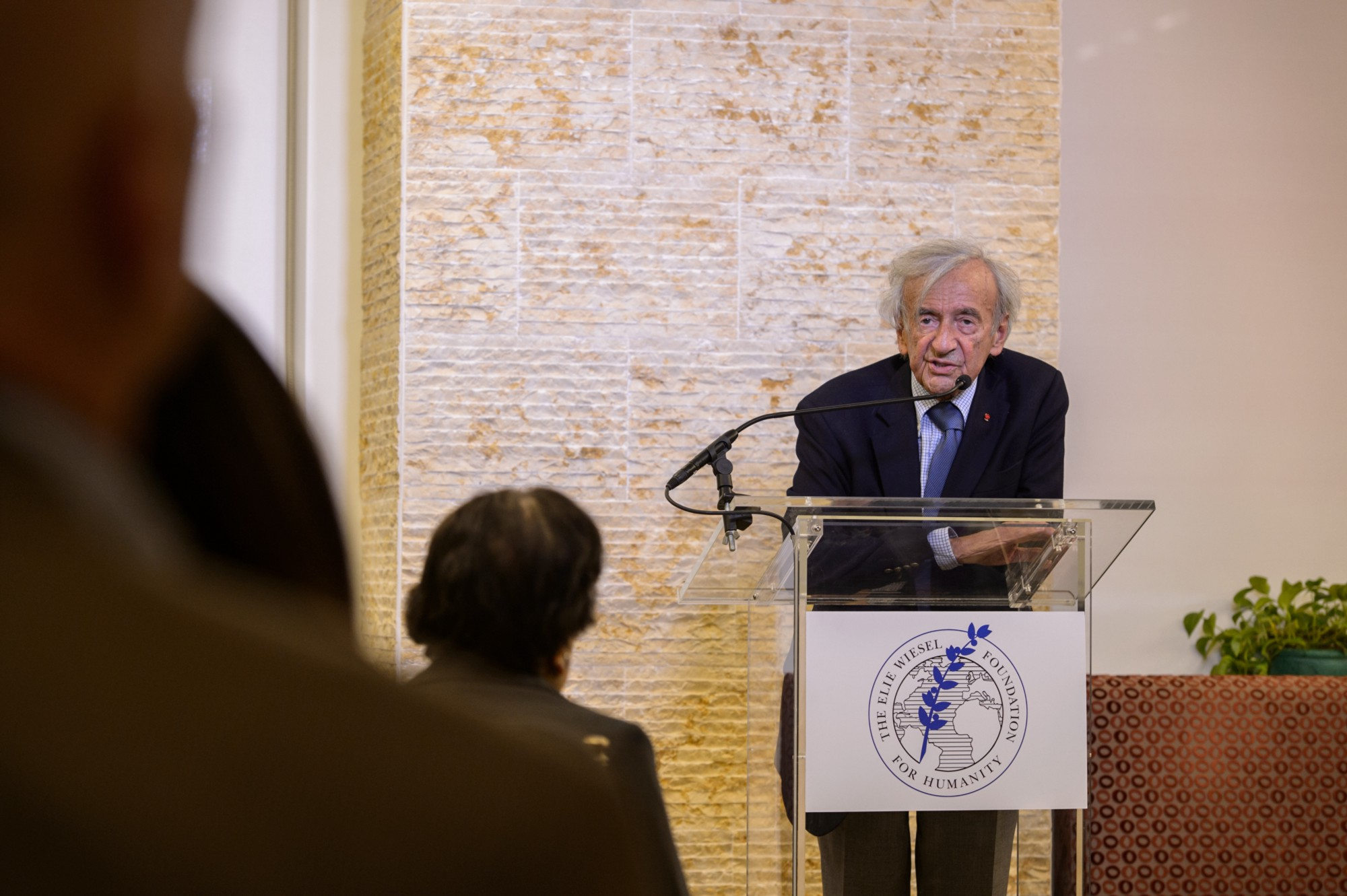 elie wiesel foundation ethics essay contest The elie wiesel prize in ethics essay contest is open to full - time junior and senior students to be considered, you must articulate with clarity an ethical issue.