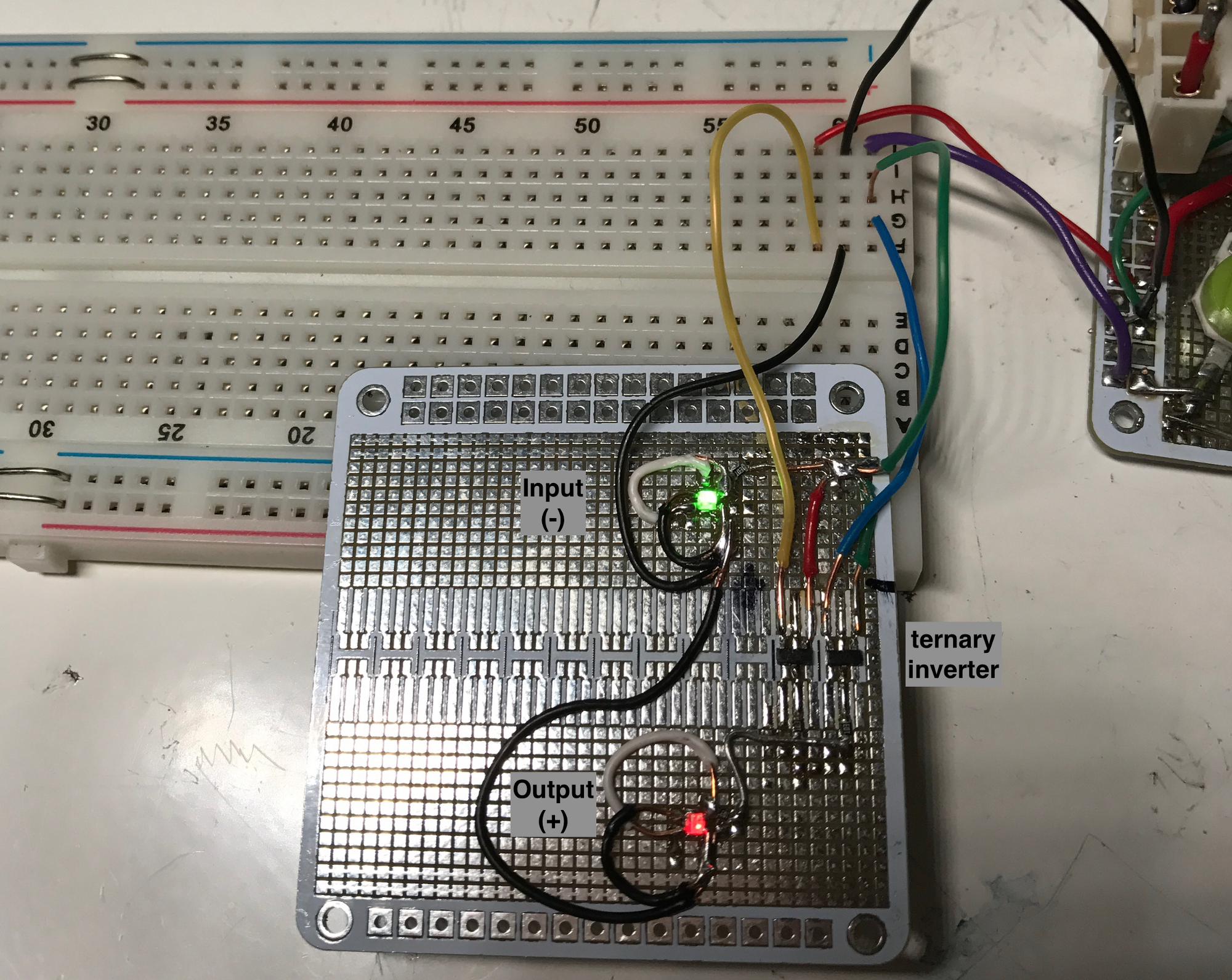 Exploring Ternary Logic Building Inverters Using How To Organise Electronic Components Circuit Simulation If The Input Is Changed A Positive Red Then Inverted Output Negative Green And Off