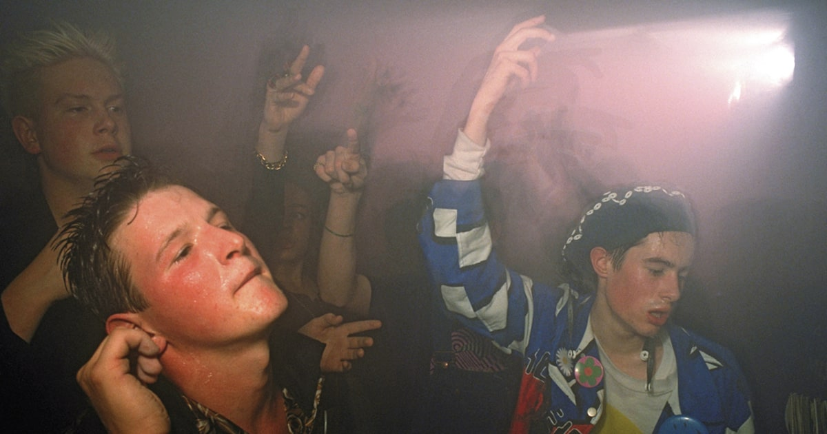 history of rave culture
