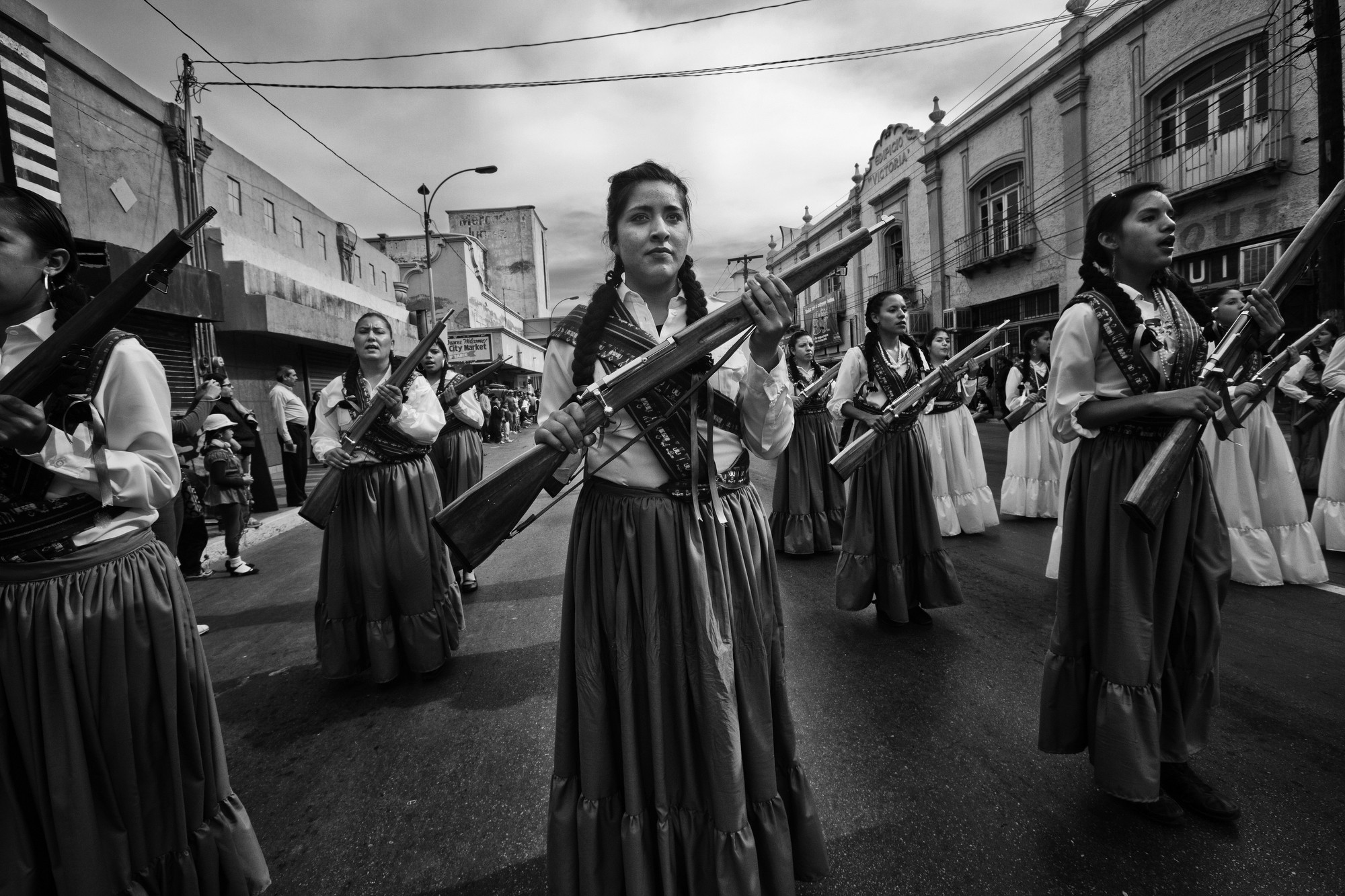 feminists of the mexican revolution Las soldaderas were women fighters who made significant contributions to both the federal and rebel armies of the mexican revolution though few actually engaged in combat, their assistance to male soldiers in fighting the war were monumental.
