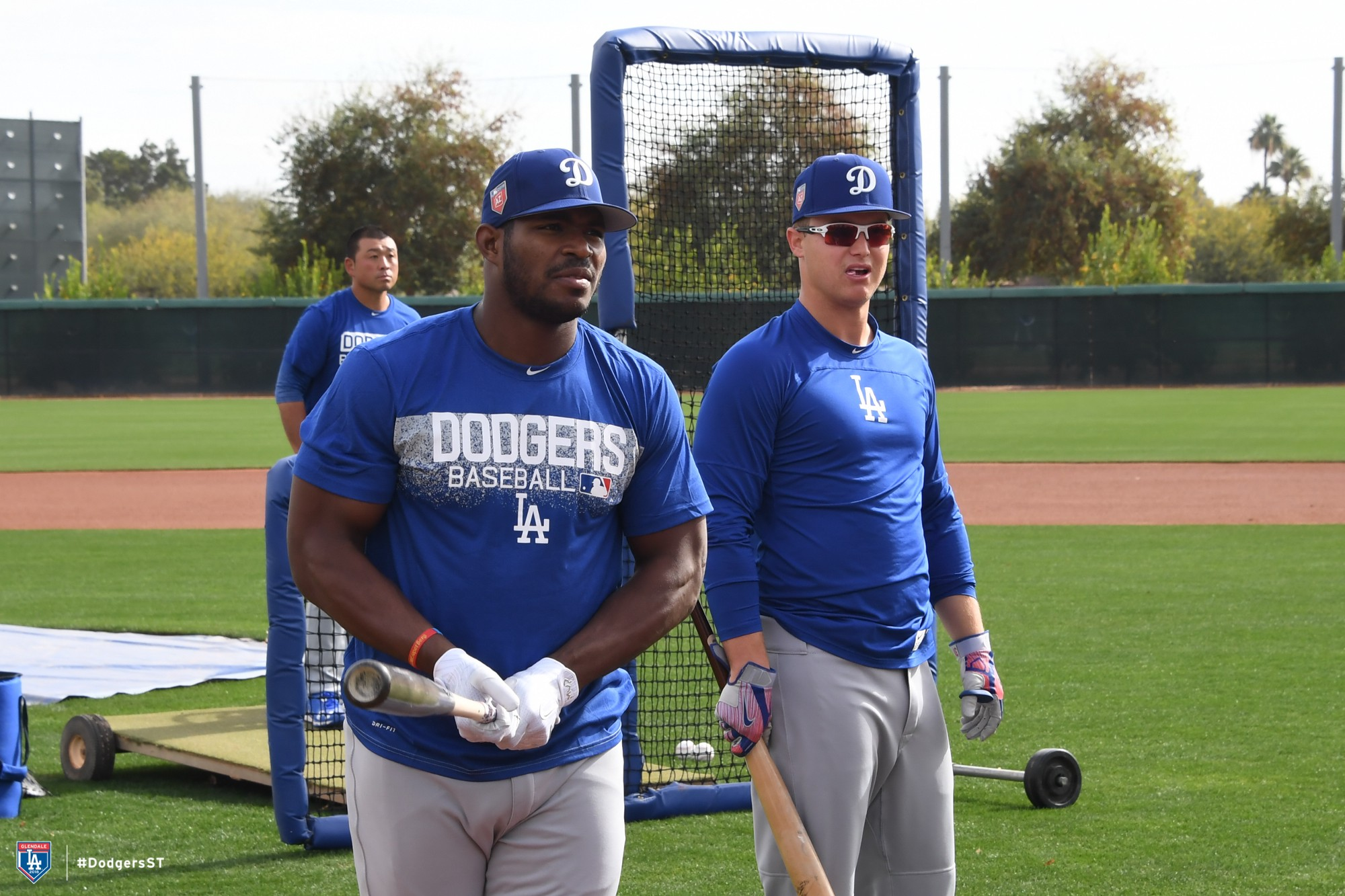 Pitchers & catchers report – Dodger Insider