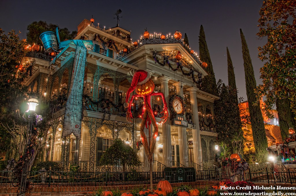 Your Guide To 2016 Halloween Time And Mickey S Halloween