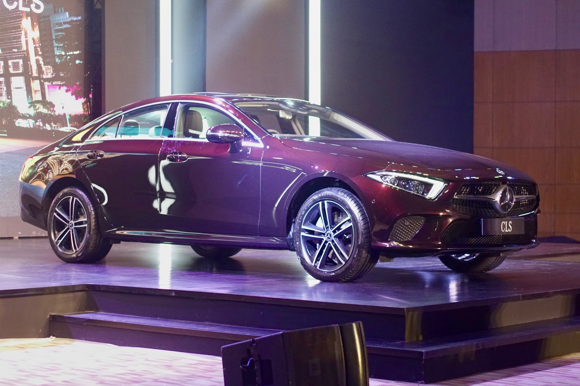 Mercedes Benz India Launches Cls300d Four Door Coupe For Thin Check Engine Out That Jacked Up Ride Height