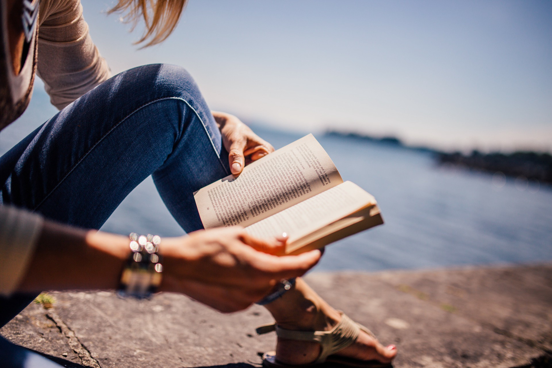 Why books are the best friend of great leaders?