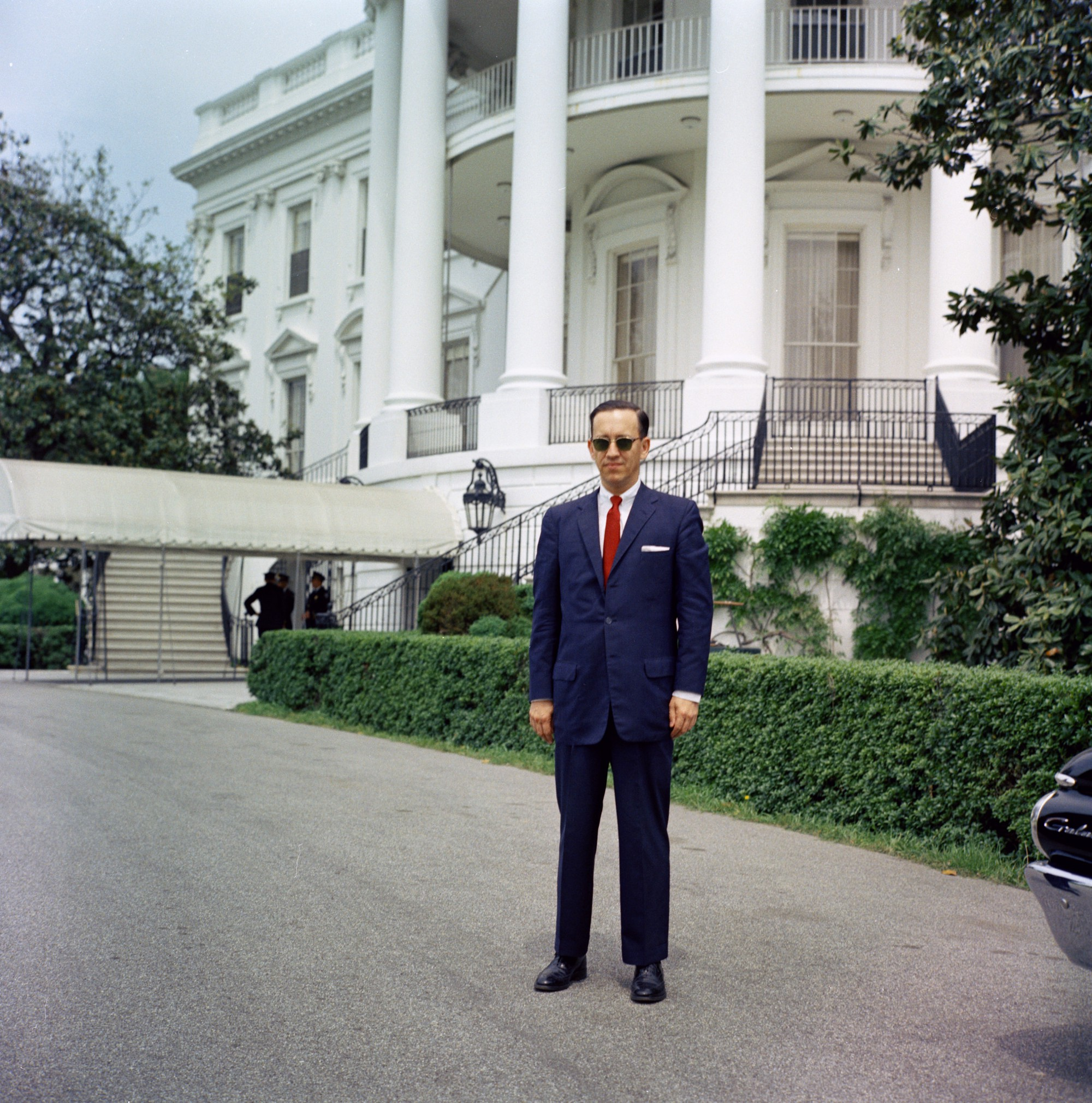 These refreshingly normal photos of the everyday JFK White House show how much things have changed