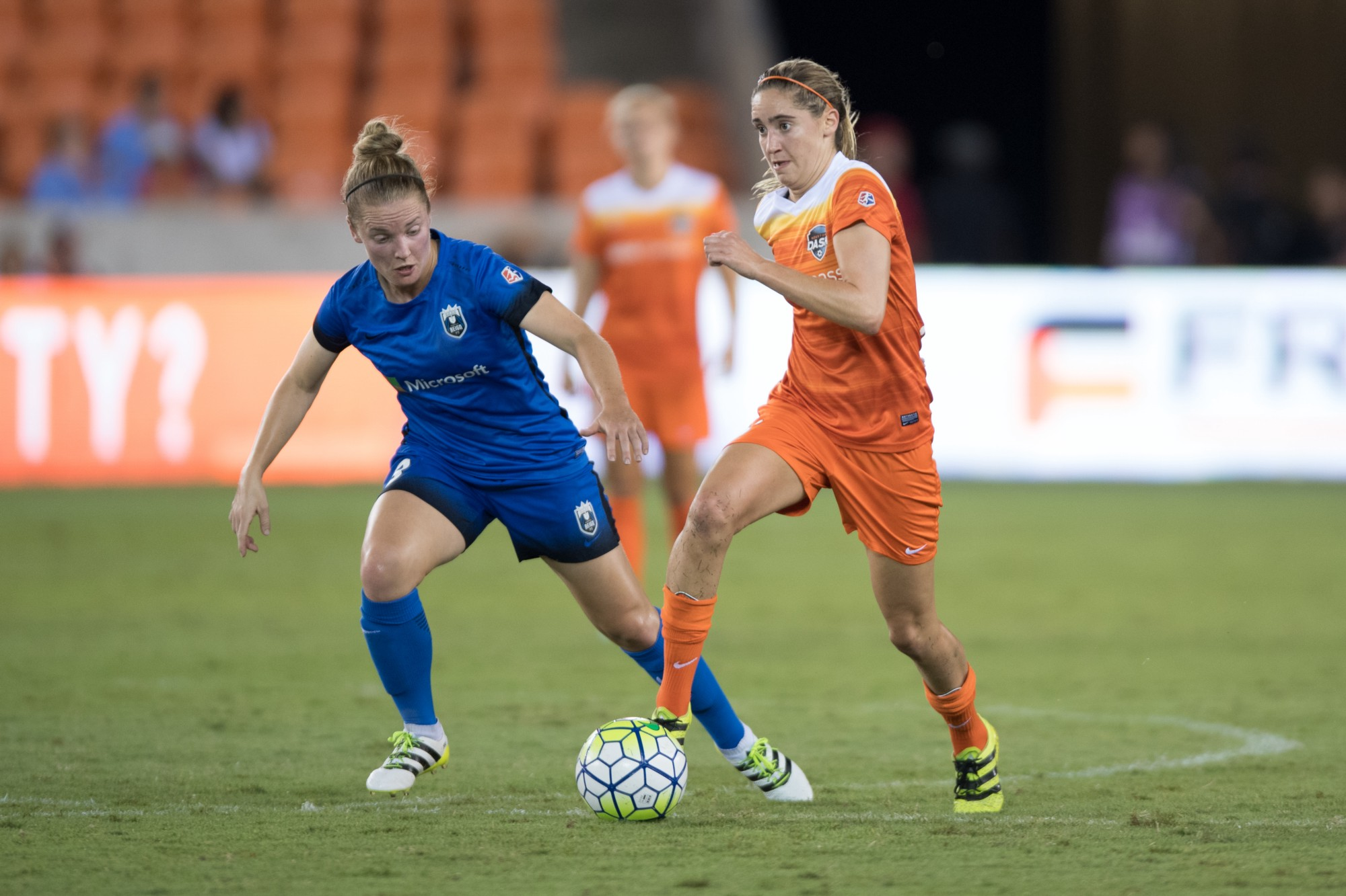 photo essay seattle reign fc 3 houston dash 2 25 2016 in front of a crowd of 5 651 at bbva compass stadium seattle reign fc completed a comeback to defeat the houston dash