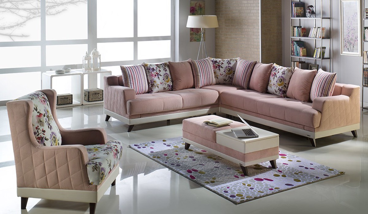 One of the best manufacturers of sleeper sofas and Click Clack sectionals   the brand also provides a series of beds  rugs and other home furnishings. Top 10 US Furniture Brands   anN Gee   Medium