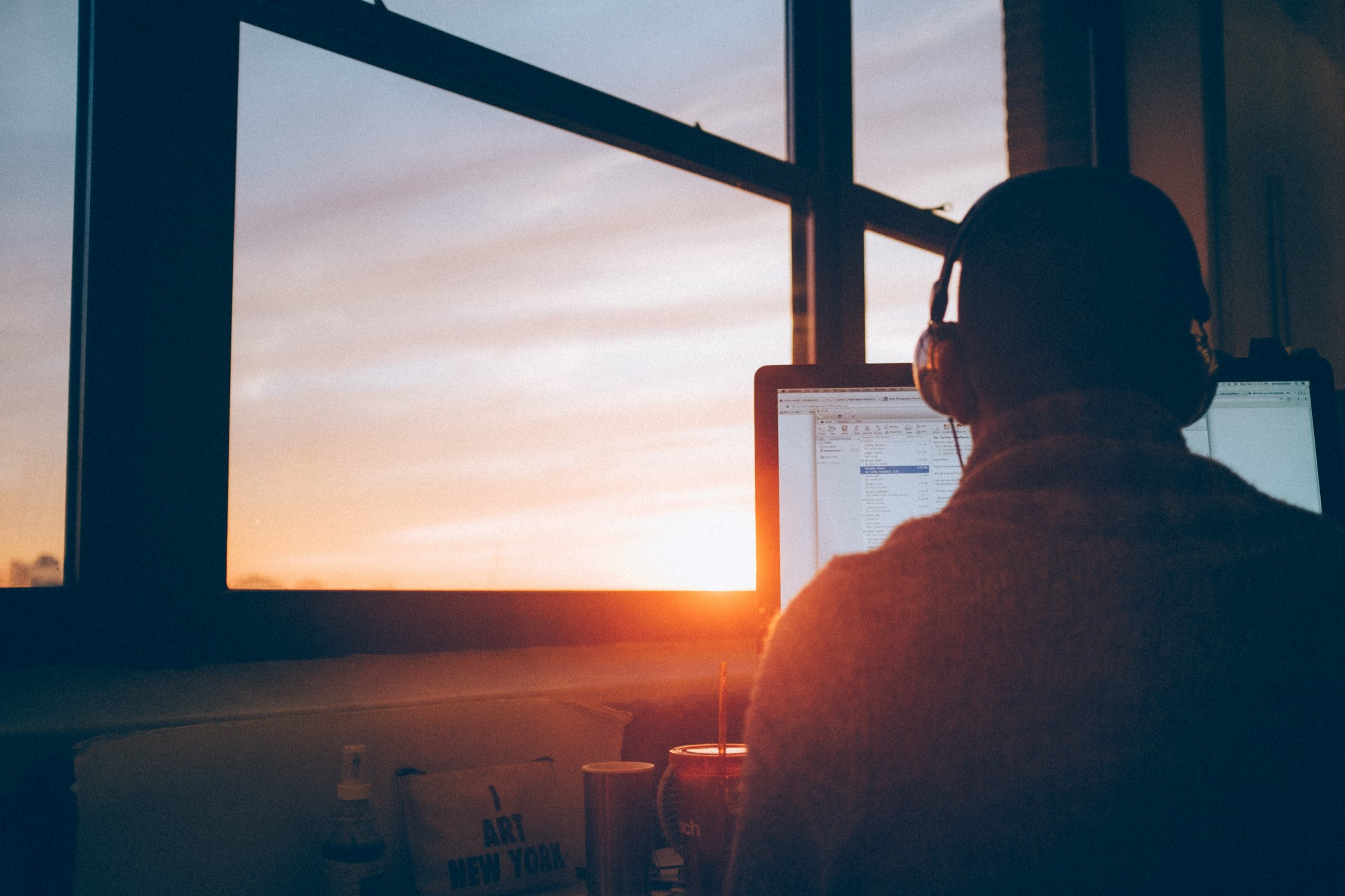 how music can help you focus and get work done – pzillow talk