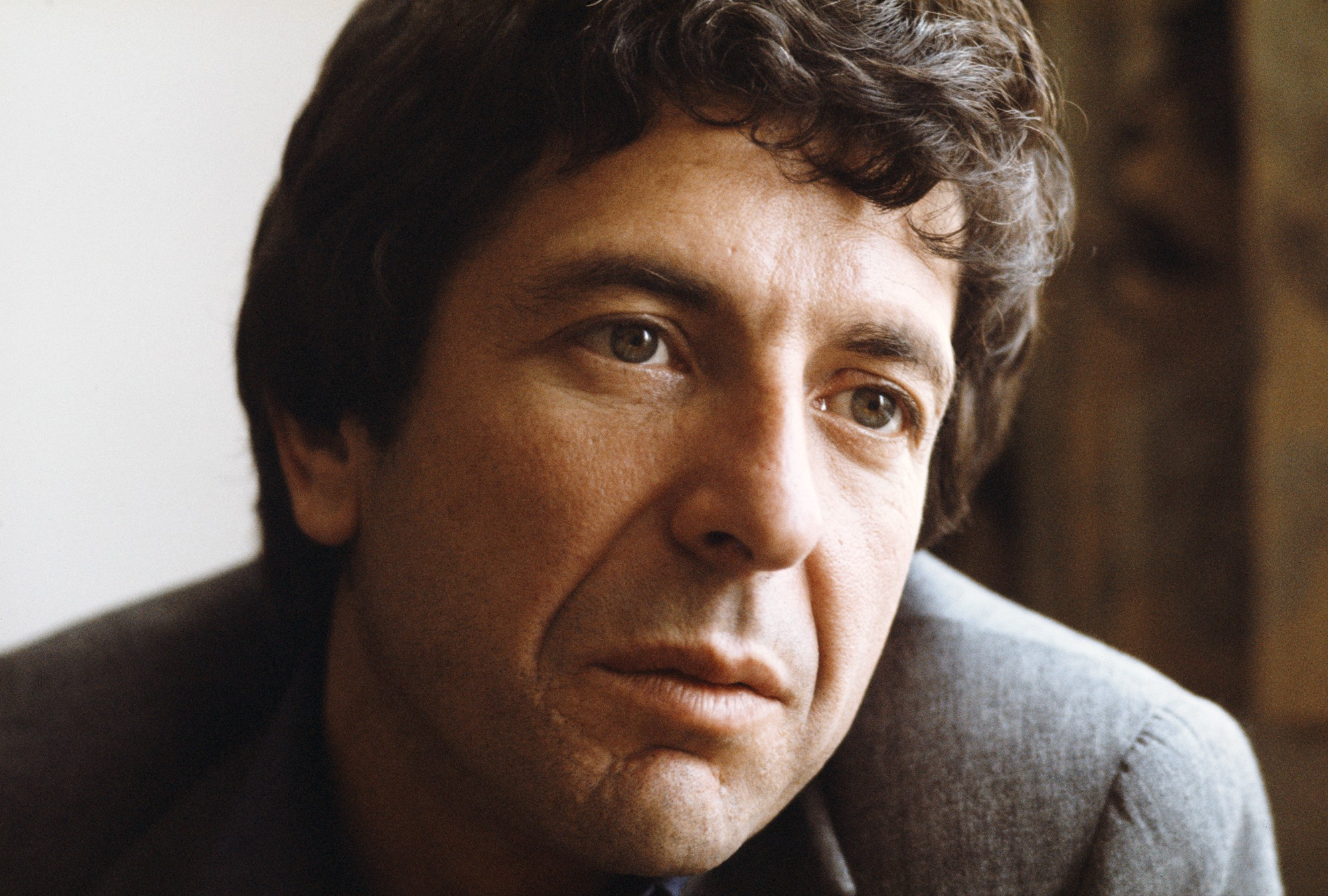 A terrified Leonard Cohen walked offstage in the middle of ...